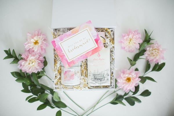 Posted by Bonjour Boxes - A Favors & Gifts professional