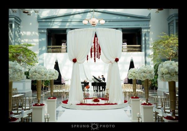 Posted by Juliet Tan Floral Design - A Design/Decor/Floral professional