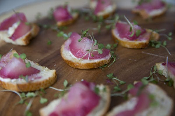 Posted by Wolfgang Puck Catering - A Caterer professional
