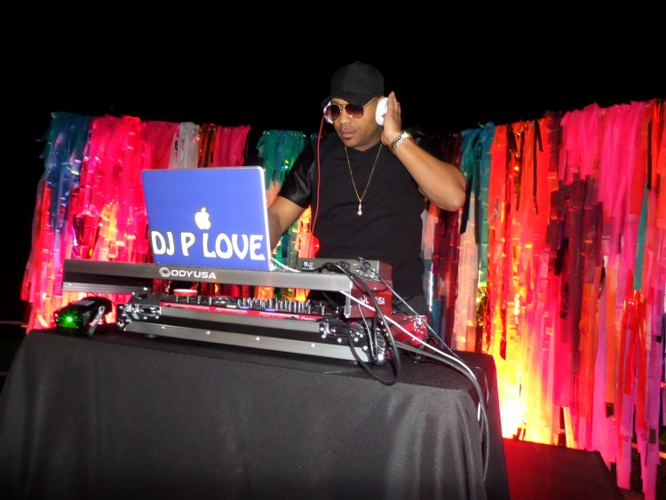A Top Notch DJ Service - A Top Notch DJ Service