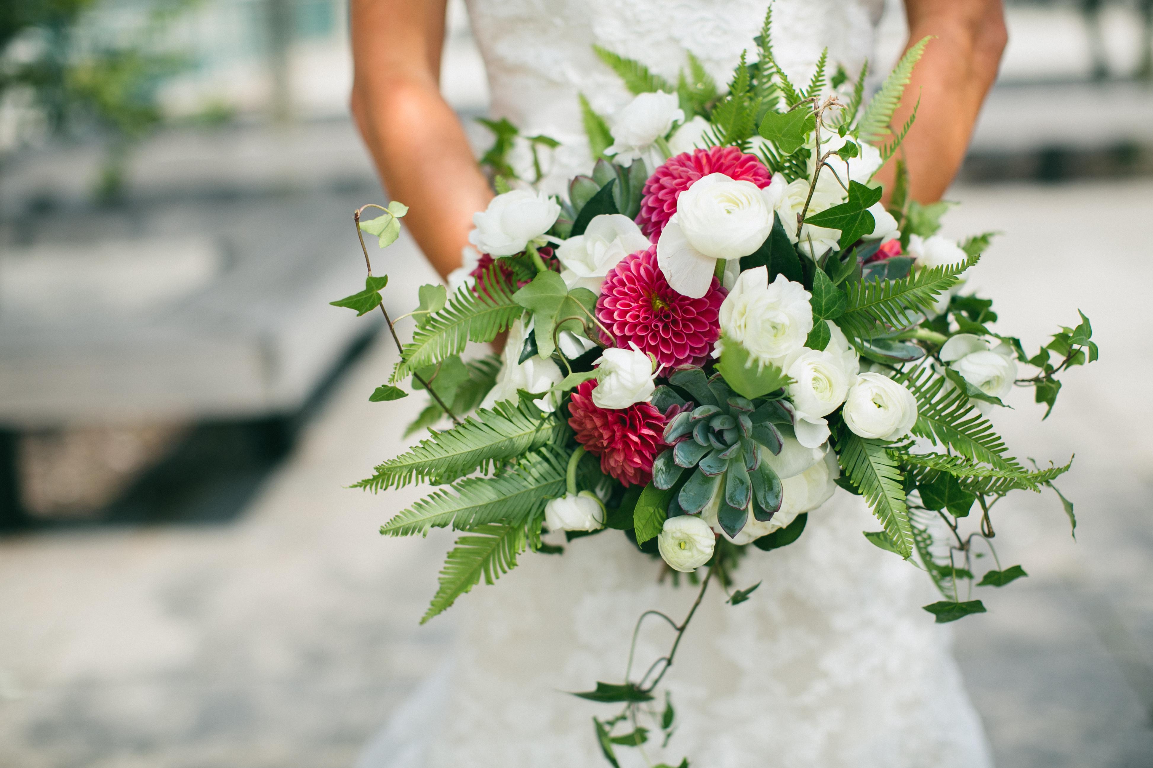 Posted by Flor del Monte, Inc. - A Design/Decor/Floral professional