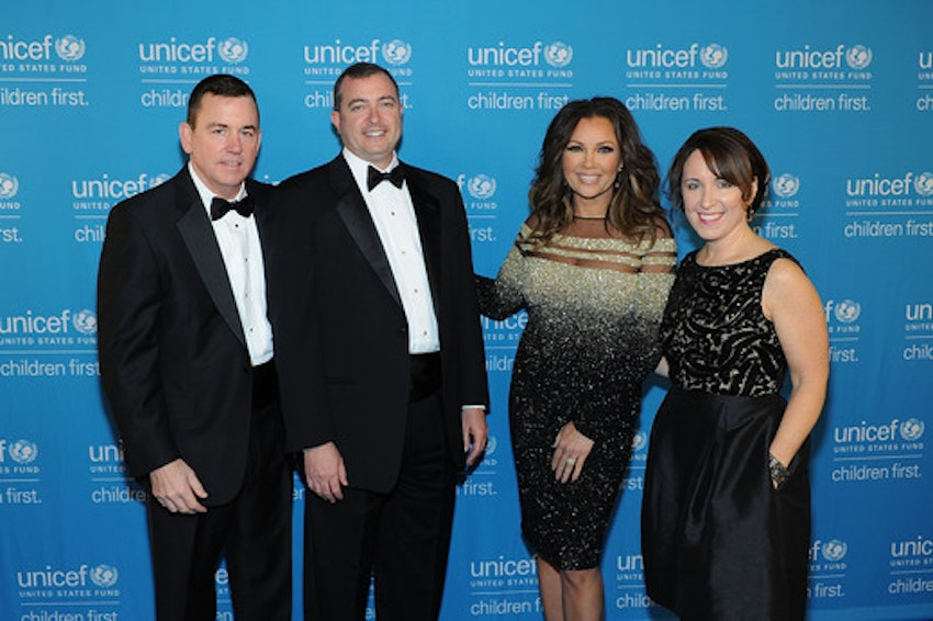 (L-R) Midwest Regional Bosrd Chair and National Board Member U.S. Fund for UNICEF Rob Brown (Park Ridge), Sr. VP of Development U.S. Fund for UNICEF Barron Segar (NYC), National Board Chair U.S. Fund for UNICEF Vince Hemmer (Glencoe), Vanessa Williams, Midwest Region Managing Director U.S. Fund for UNICEF Casey Marsh (Chicago) attend the UNICEF Hope Gala