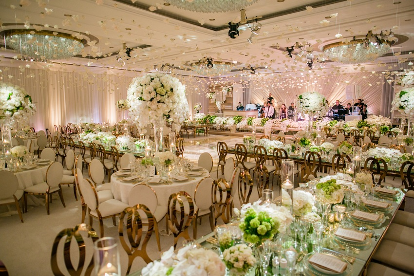 Four seasons los angeles at beverly hills romantic white gold photo hosted by partyslate junglespirit Image collections