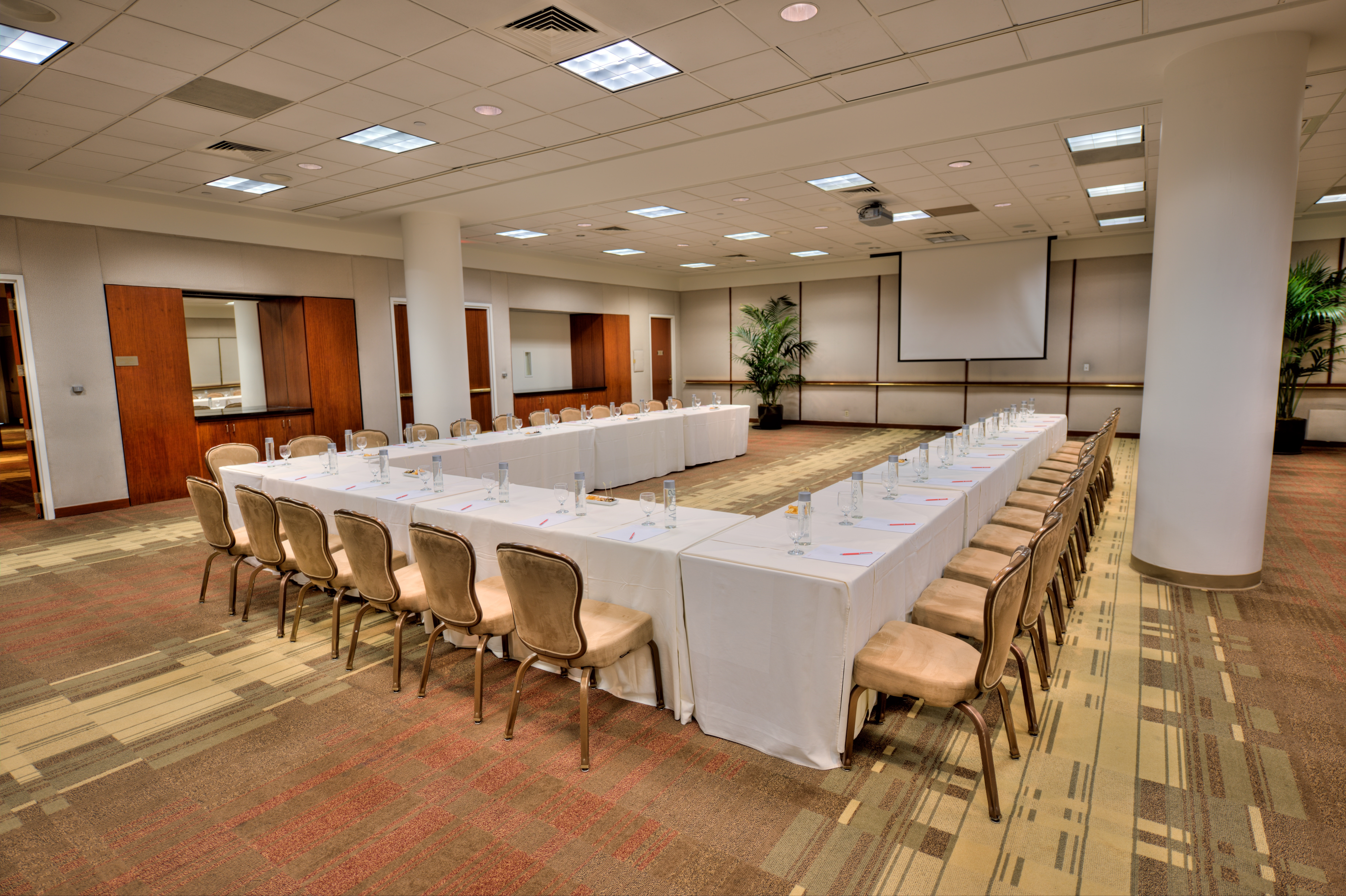 Executive Meeting Center - The Beverly Hilton