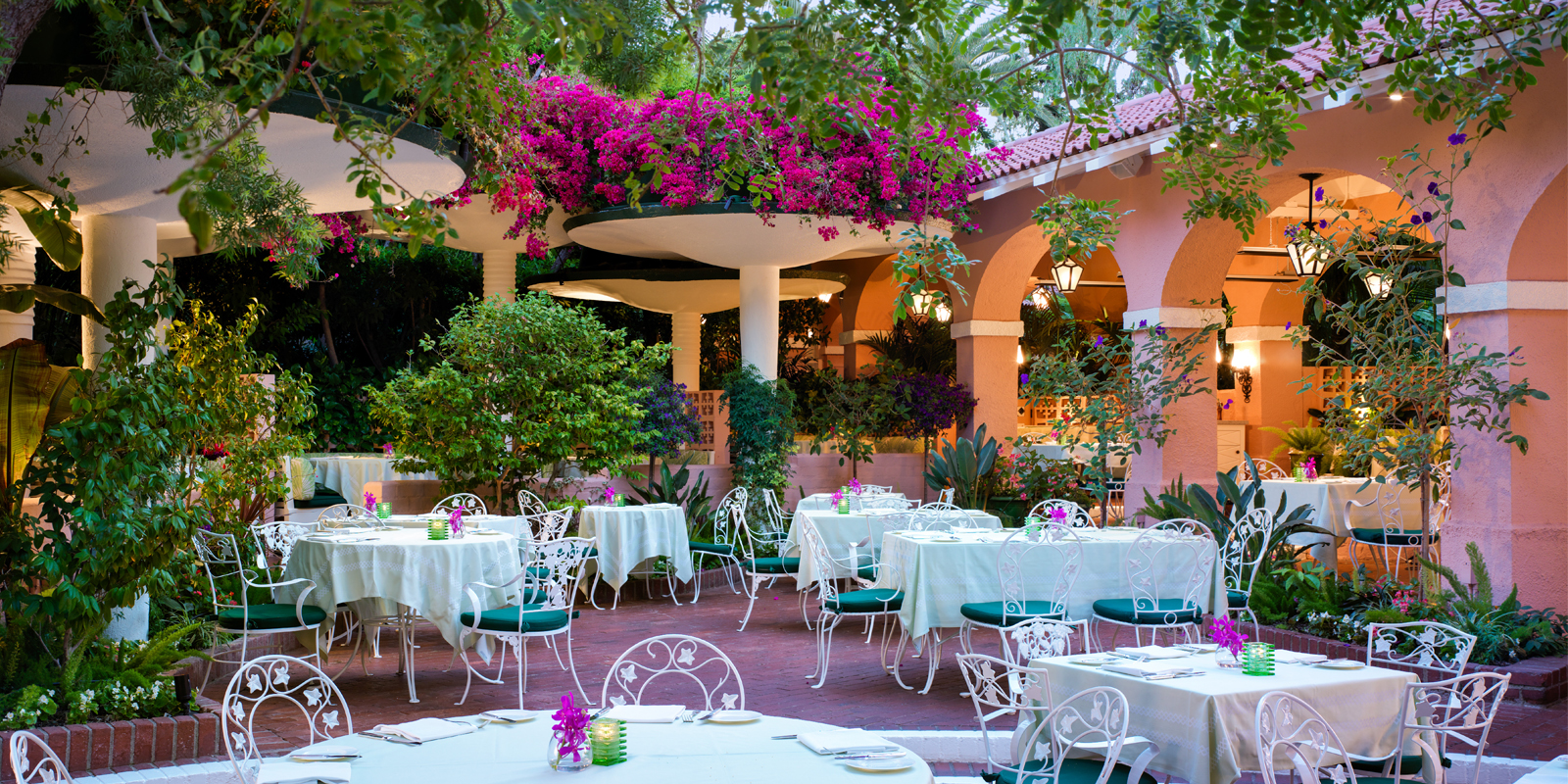 Polo Private Lounge & Patio - The Beverly Hills Hotel