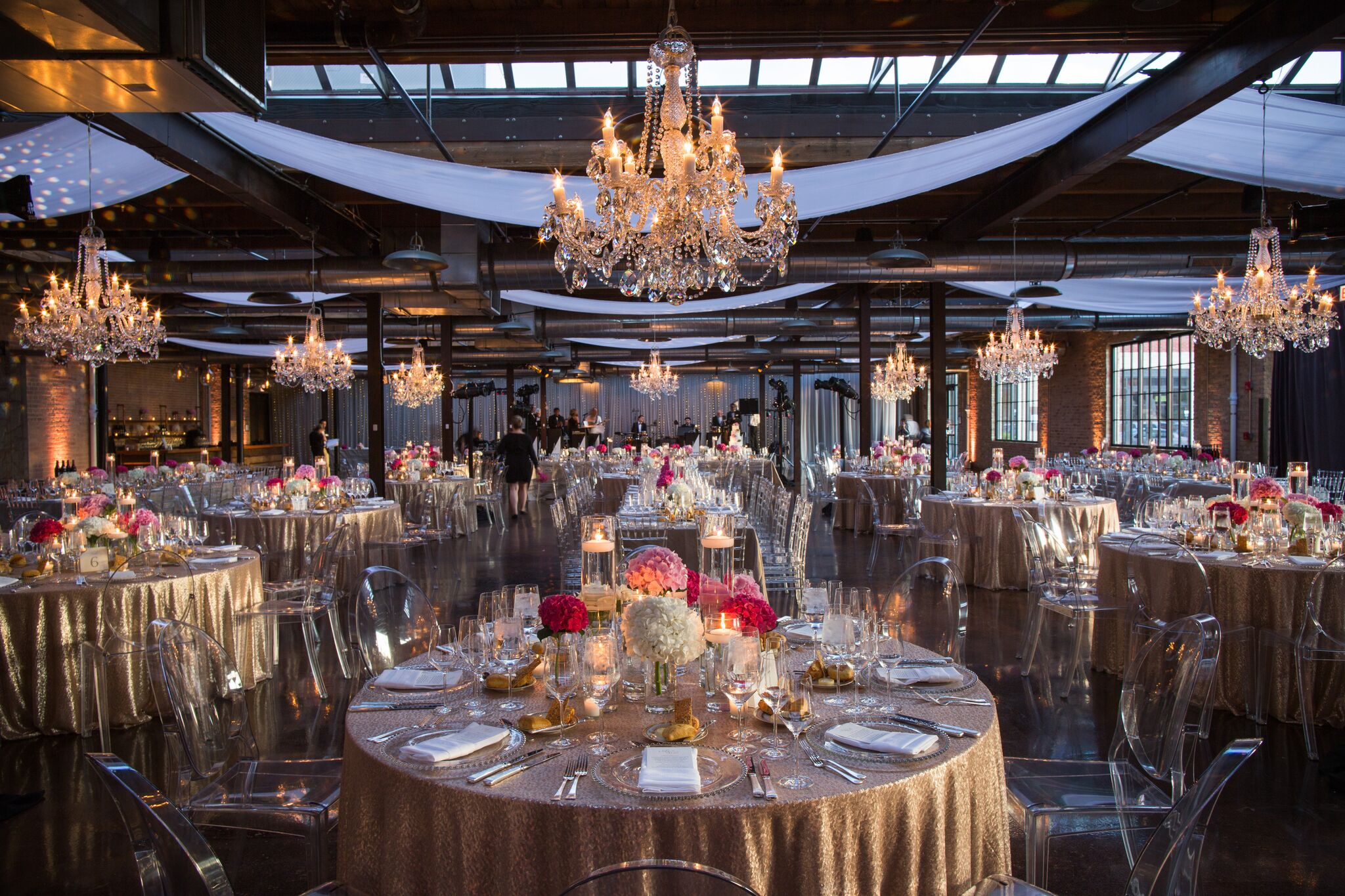 Rustic Glam Wedding at Morgan Manufacturing, Planning & Design by Bliss Weddings & Events, Inc.