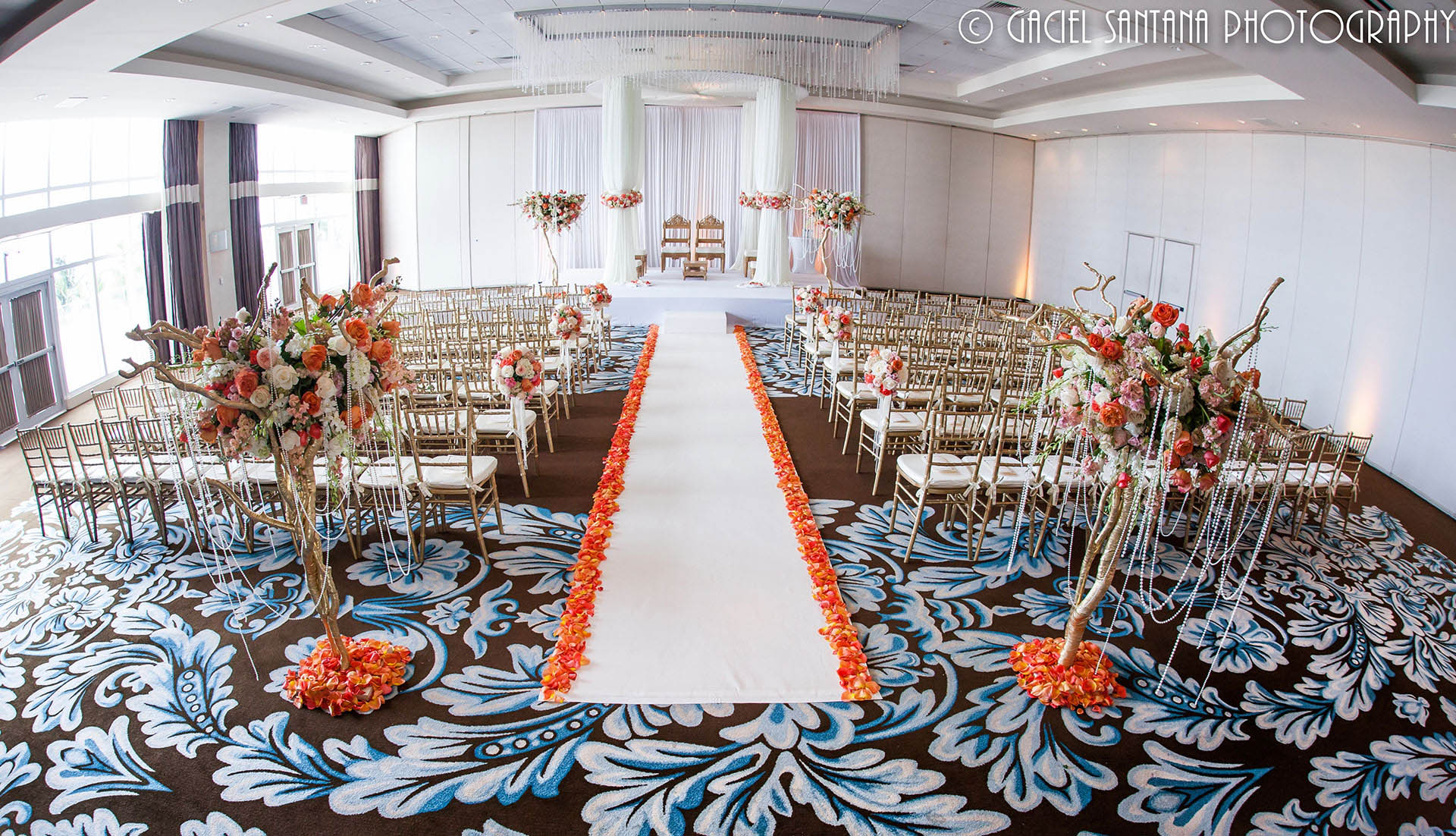 Modern White Wedding with a Spash of Citrus - Suhaag Garden