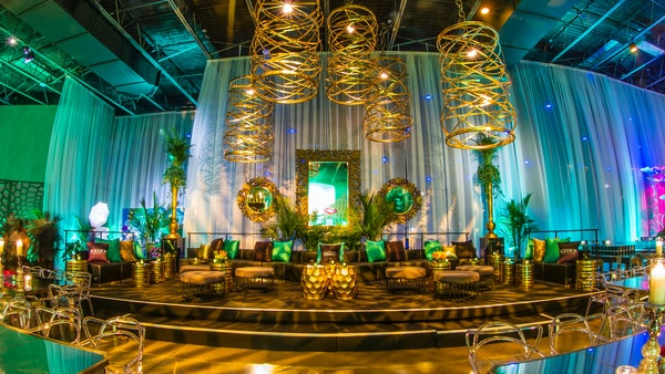 Kehoe Designs Emerald City Inspired Holiday Party At The