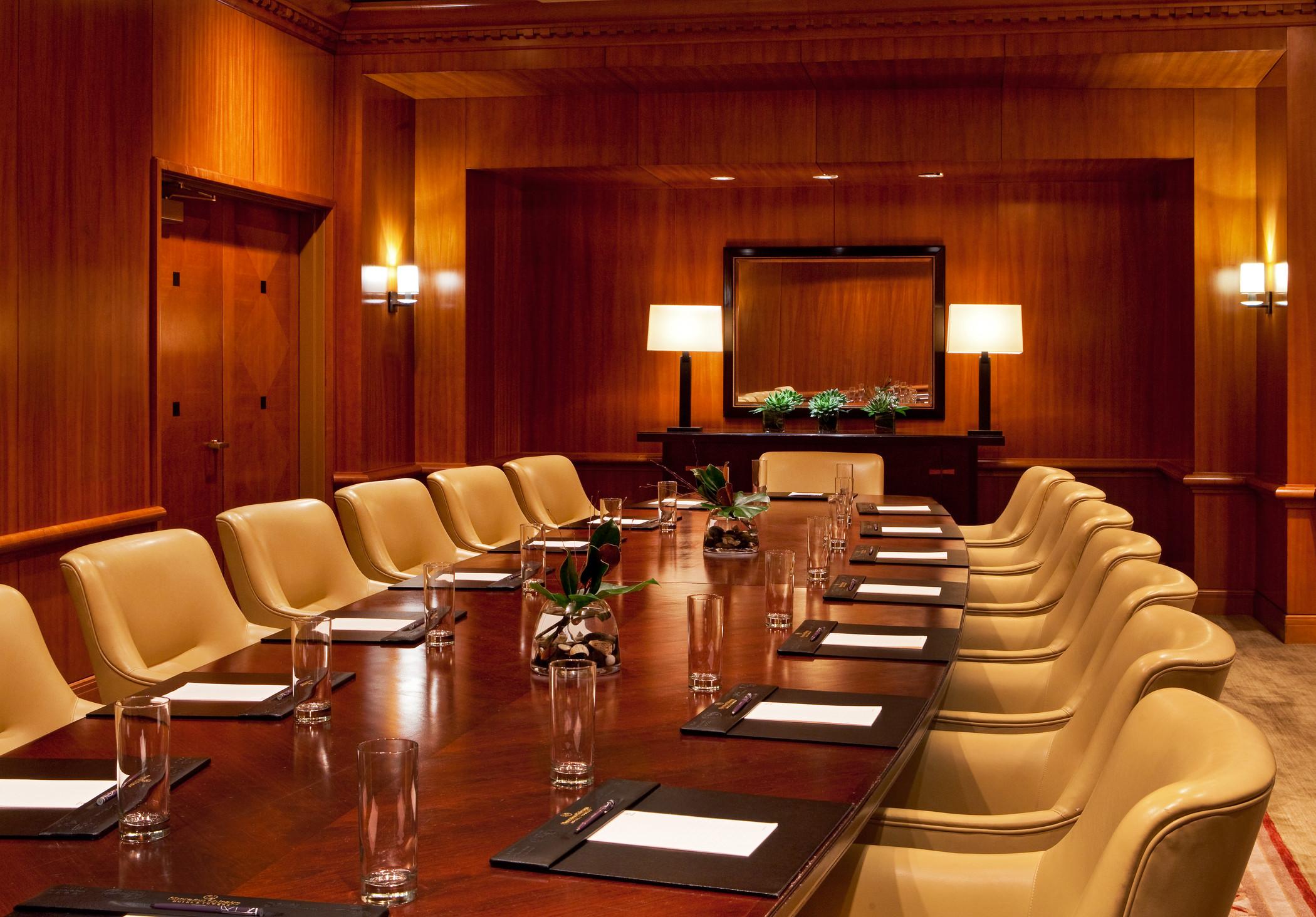 Sheraton Grand Chicago | Illinois and Lincoln Executive Boardrooms ...