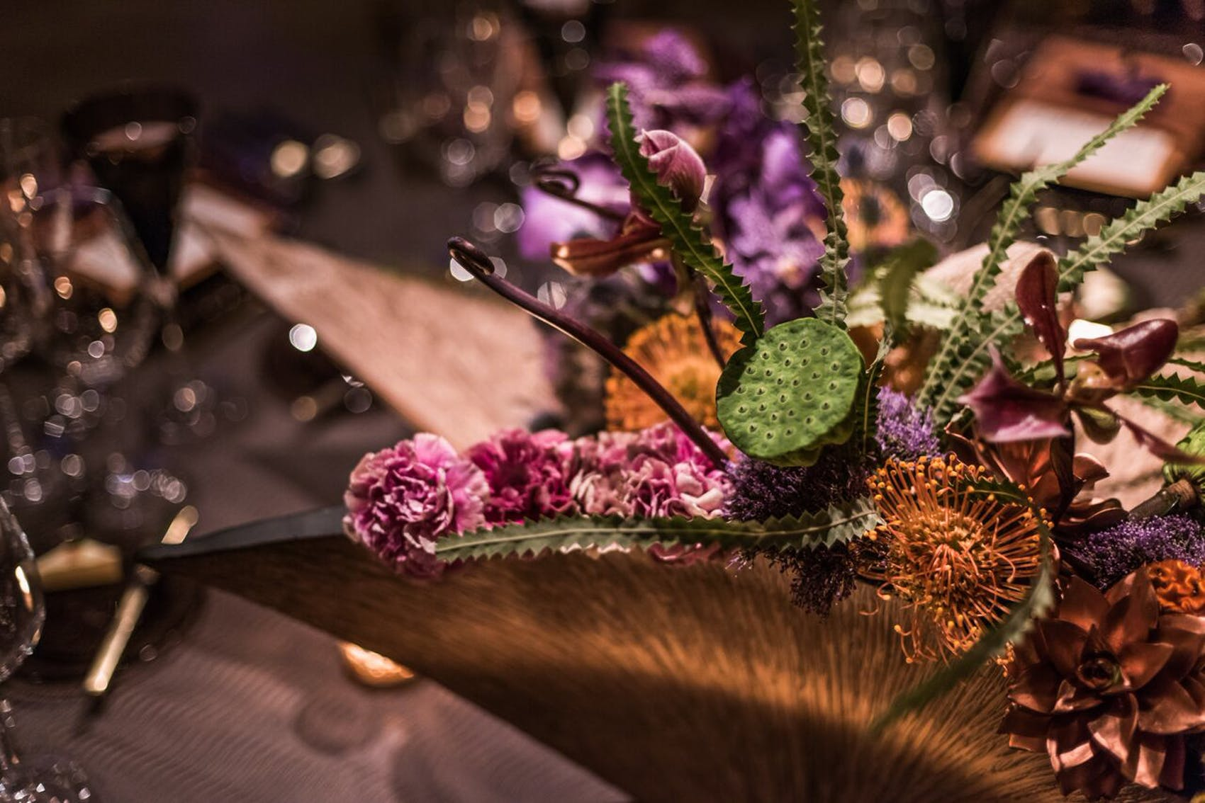japanese ikebana style florals on party tabletop