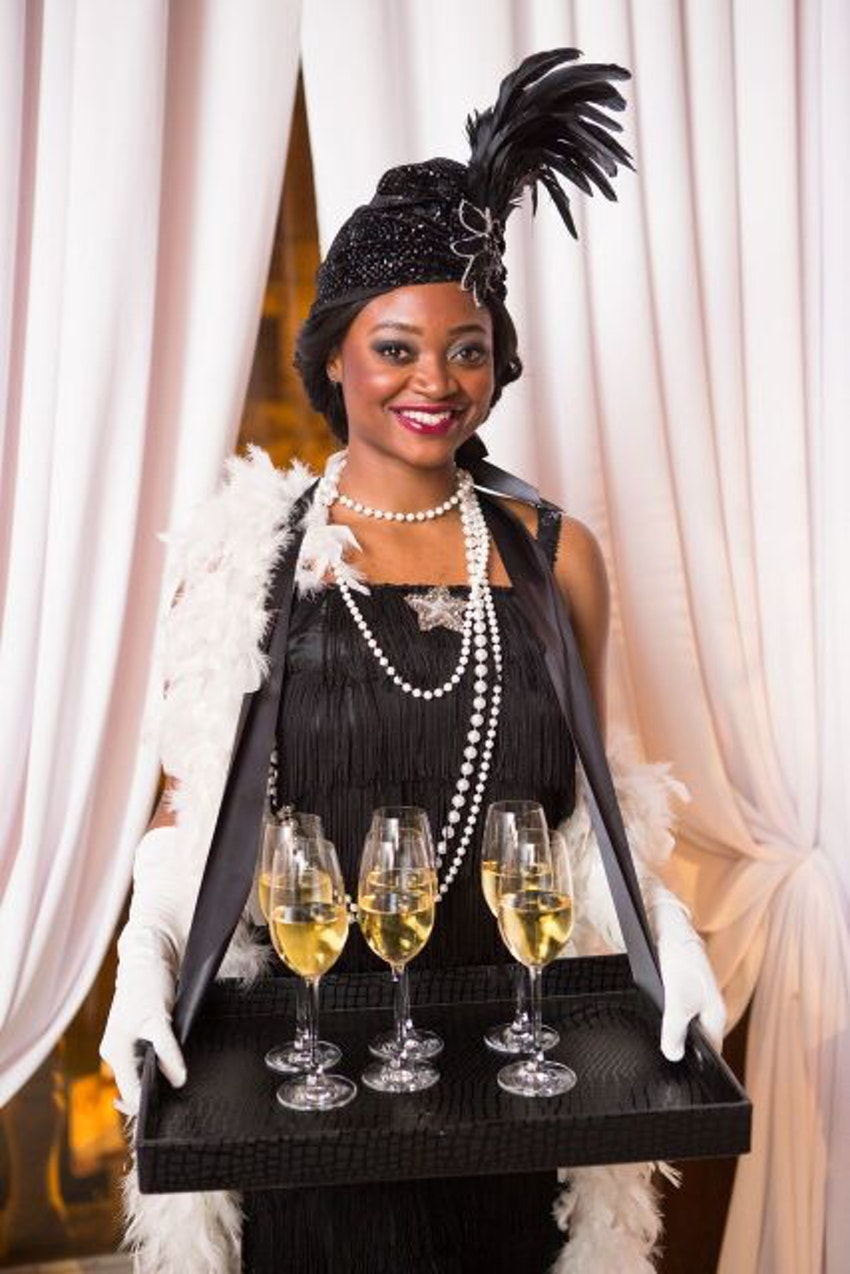 Sticking with the Gatsby Theme, we hired models to wear 1920's inspired costumes!