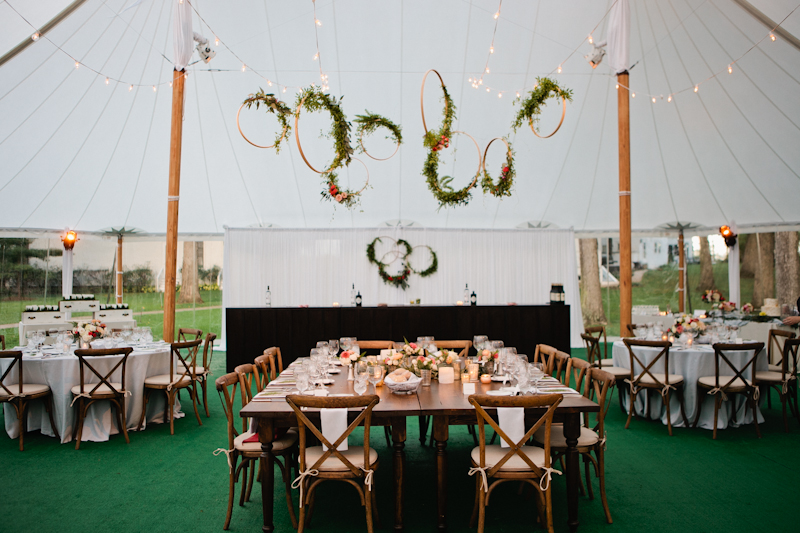 2b69c55512 18 Timeless Tented Weddings to Inspire Your Outdoor Celebration ...