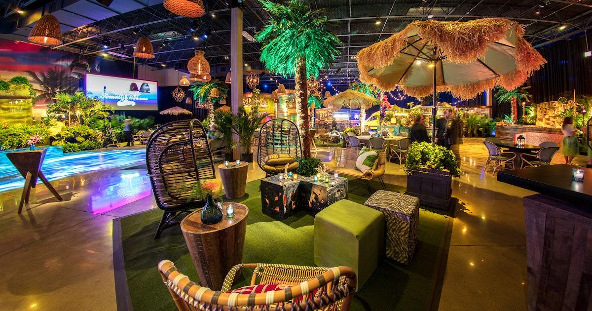 Kehoe Designs Island Chic Bar Mitzvah Partyslate