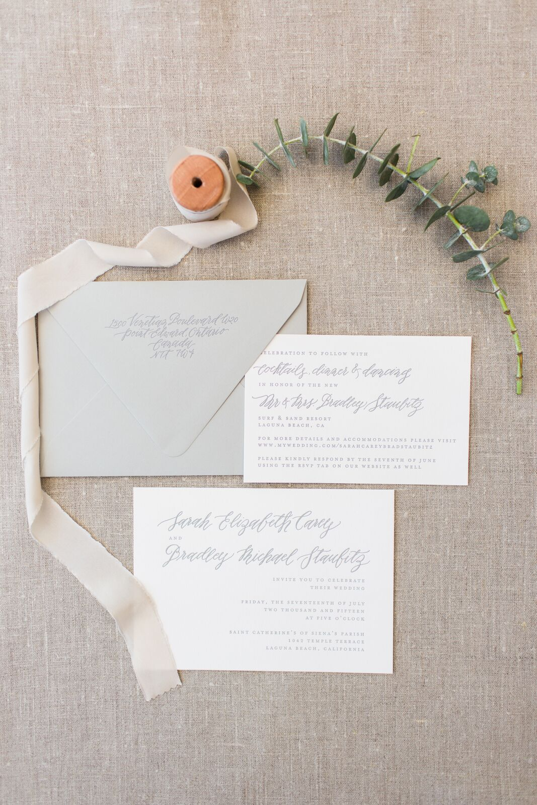 Romantic White Laguna Beach Wedding - The Lynden Lane Company