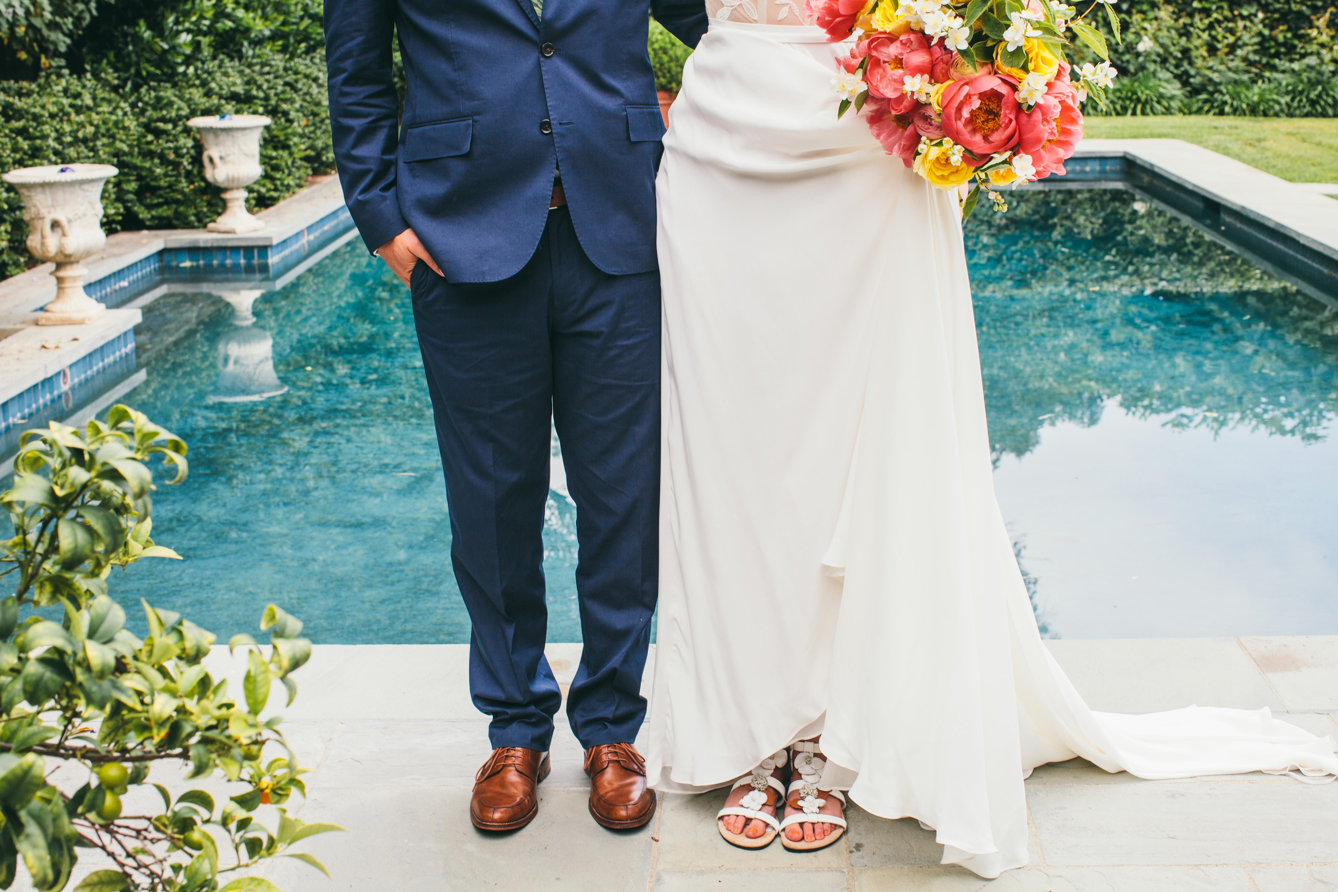 Beautiful Coral Garden Wedding - HoneyFitz Events