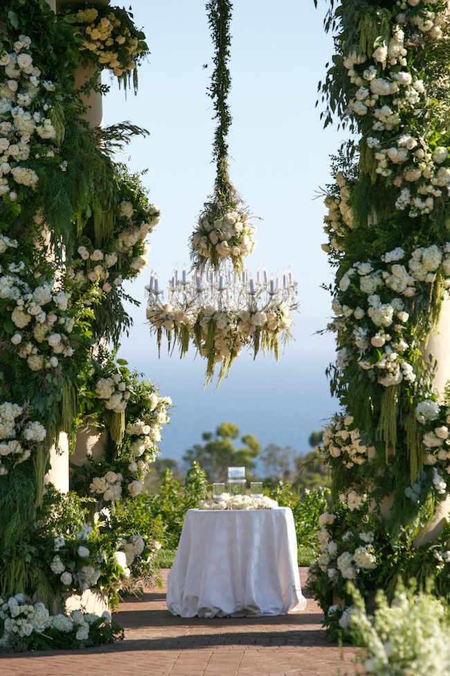 GARDEN INSPIRED PELICAN HILL WEDDING FEATURED ON CALIFORNIA WEDDING DAY - Revelry Event Designers