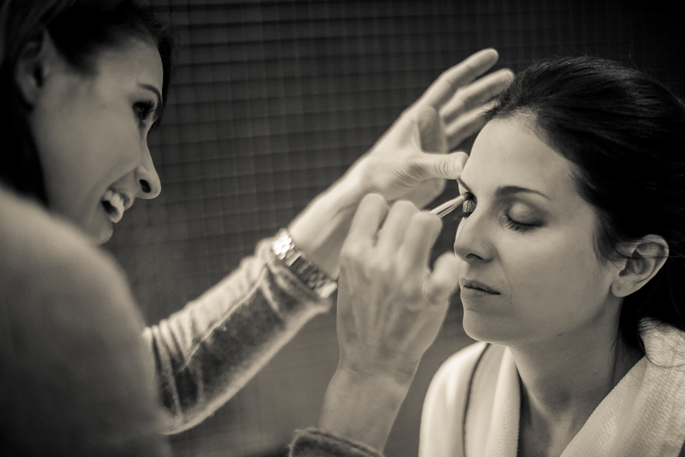 Bride getting her make-up done at Chicago's W hotel City Center