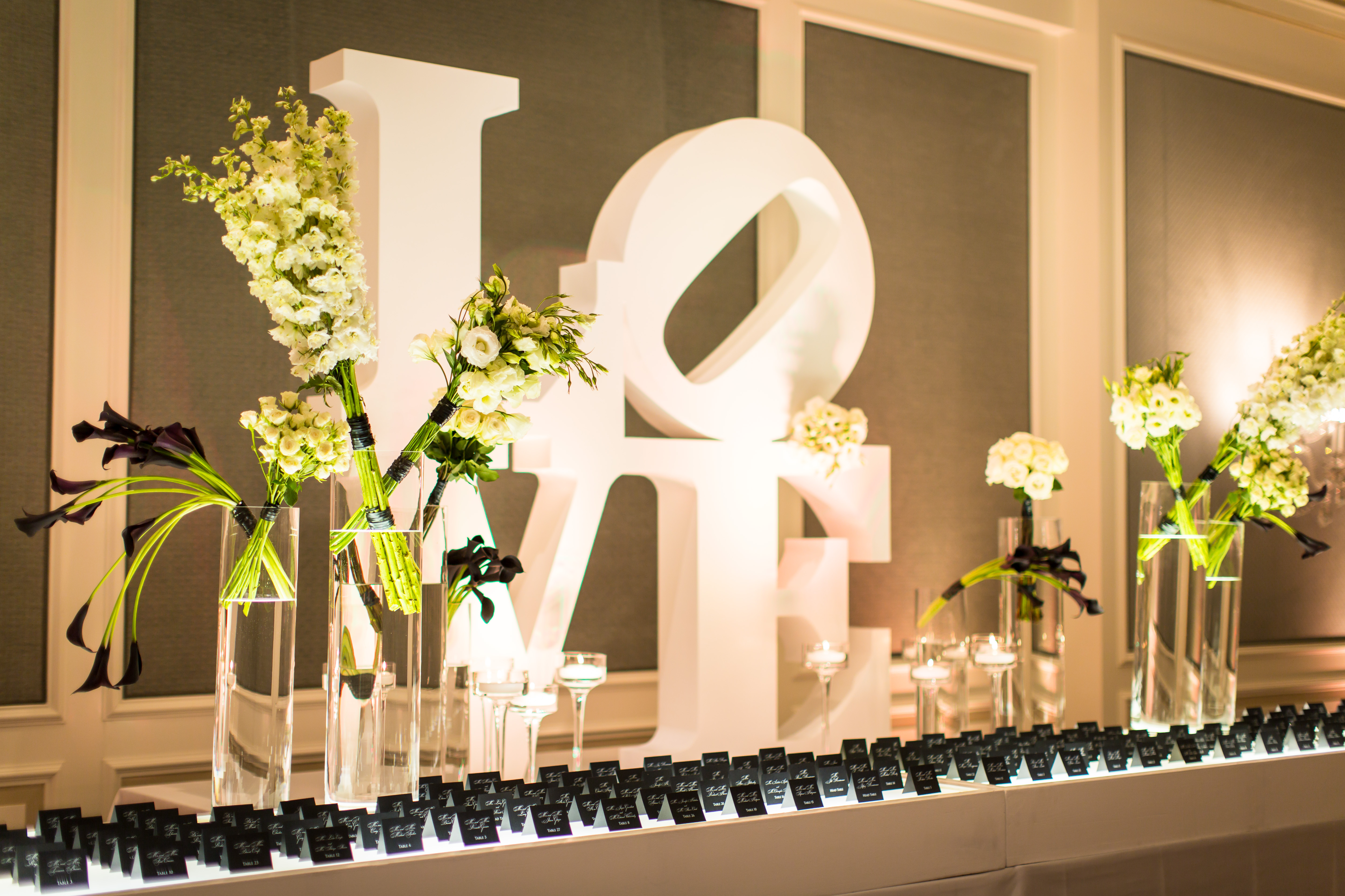 'LOVE' Wedding at the St Louis Ritz Carlton - Festive Couture Floral