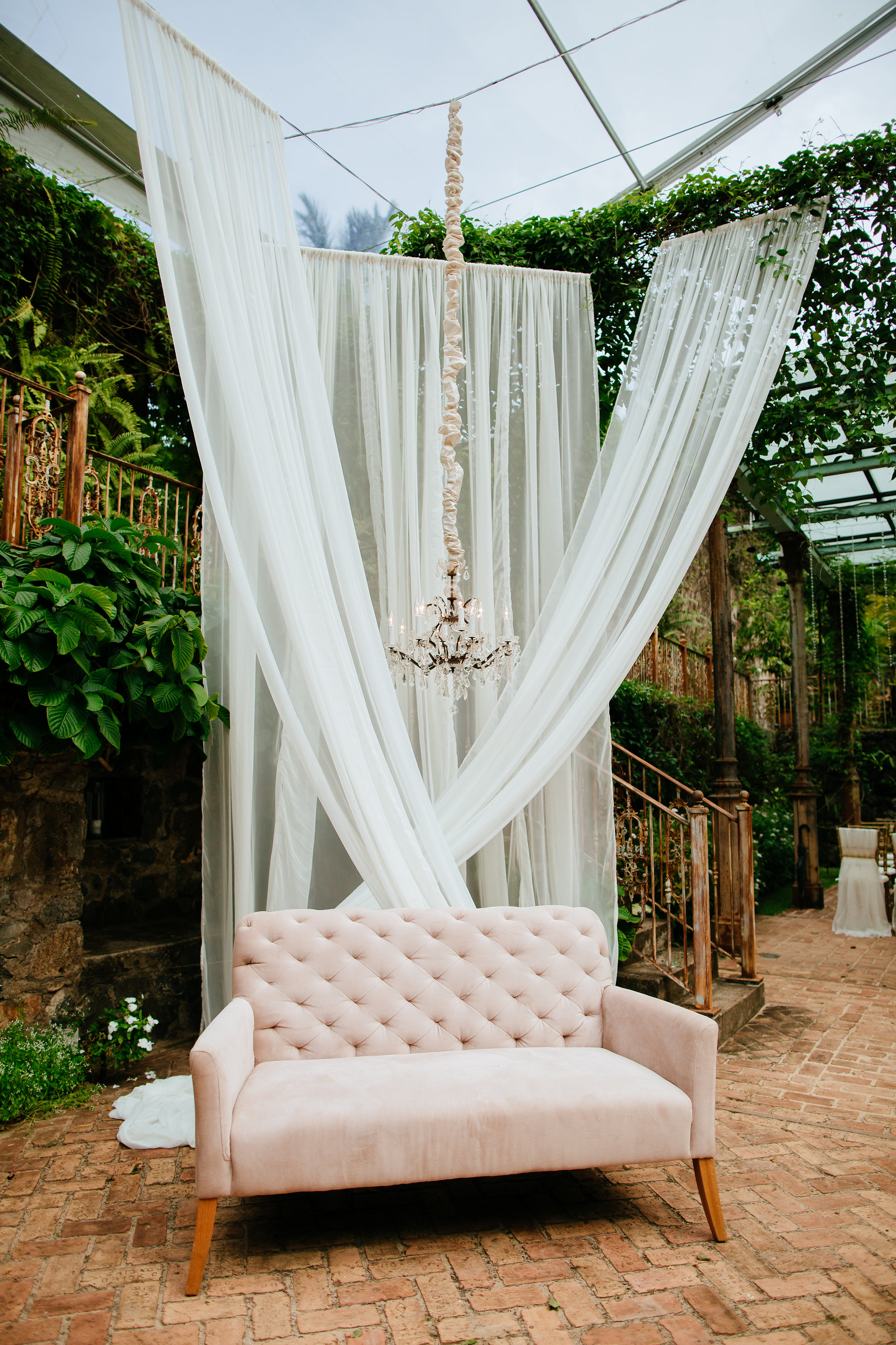 Hawaiian-Inspired Tropical Wedding on Maui - Elements by K.H & co.