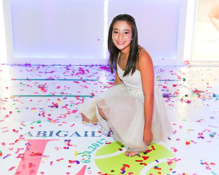 Tennis Theme Bat Mitzvah - Tie A Bow