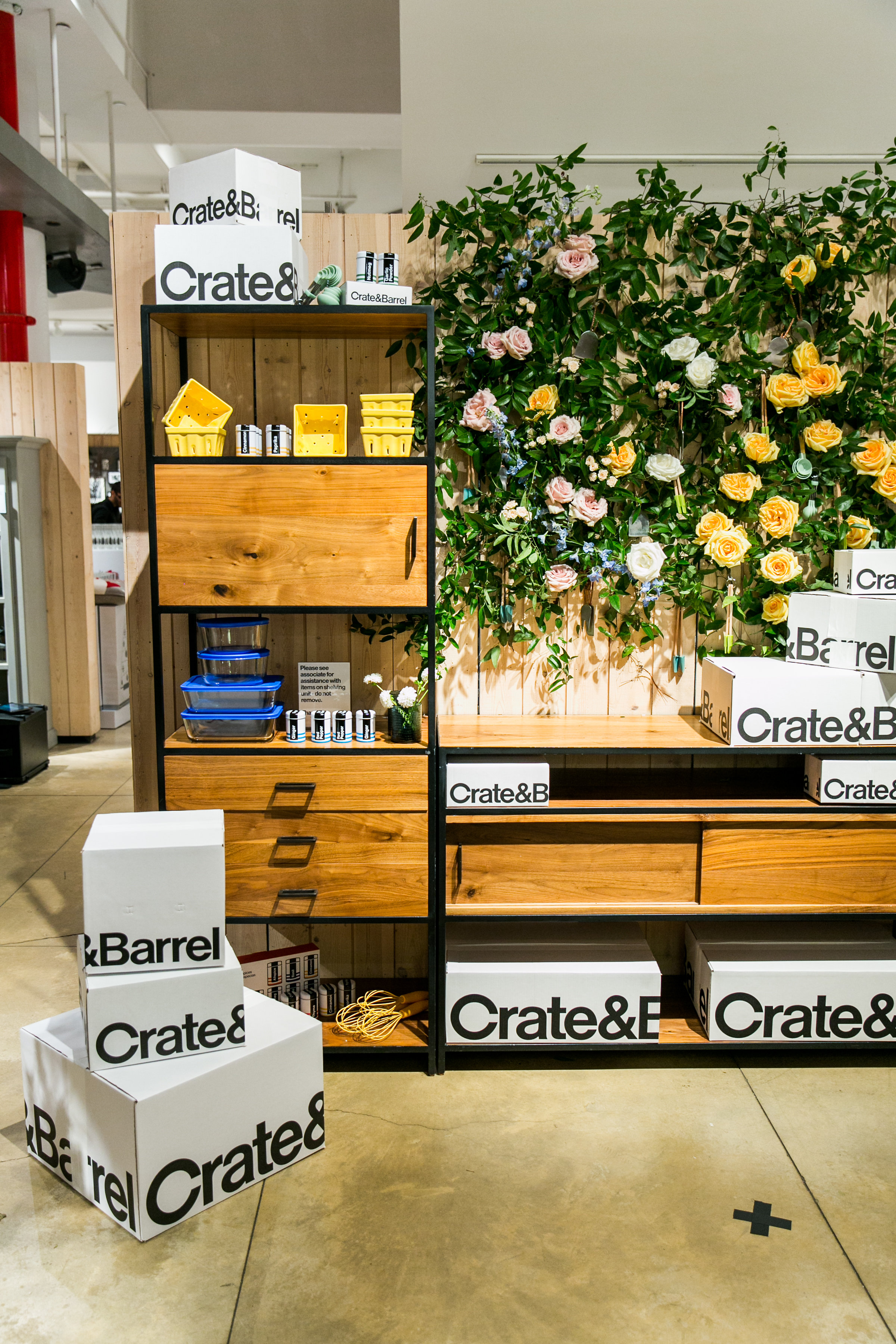 In-store Private Registry Event with Crate and Barrel: #CoutureToCocktails - Shannon Gail Events