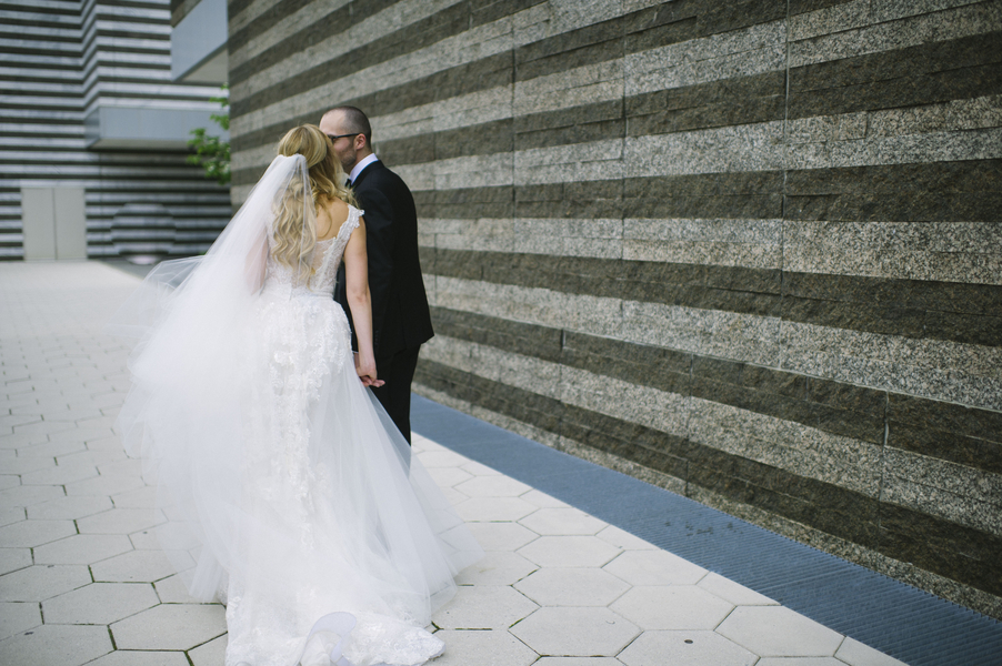 Chic City Wedding at City Hall Rotunda - Kirkbrides Wedding Planning & Design