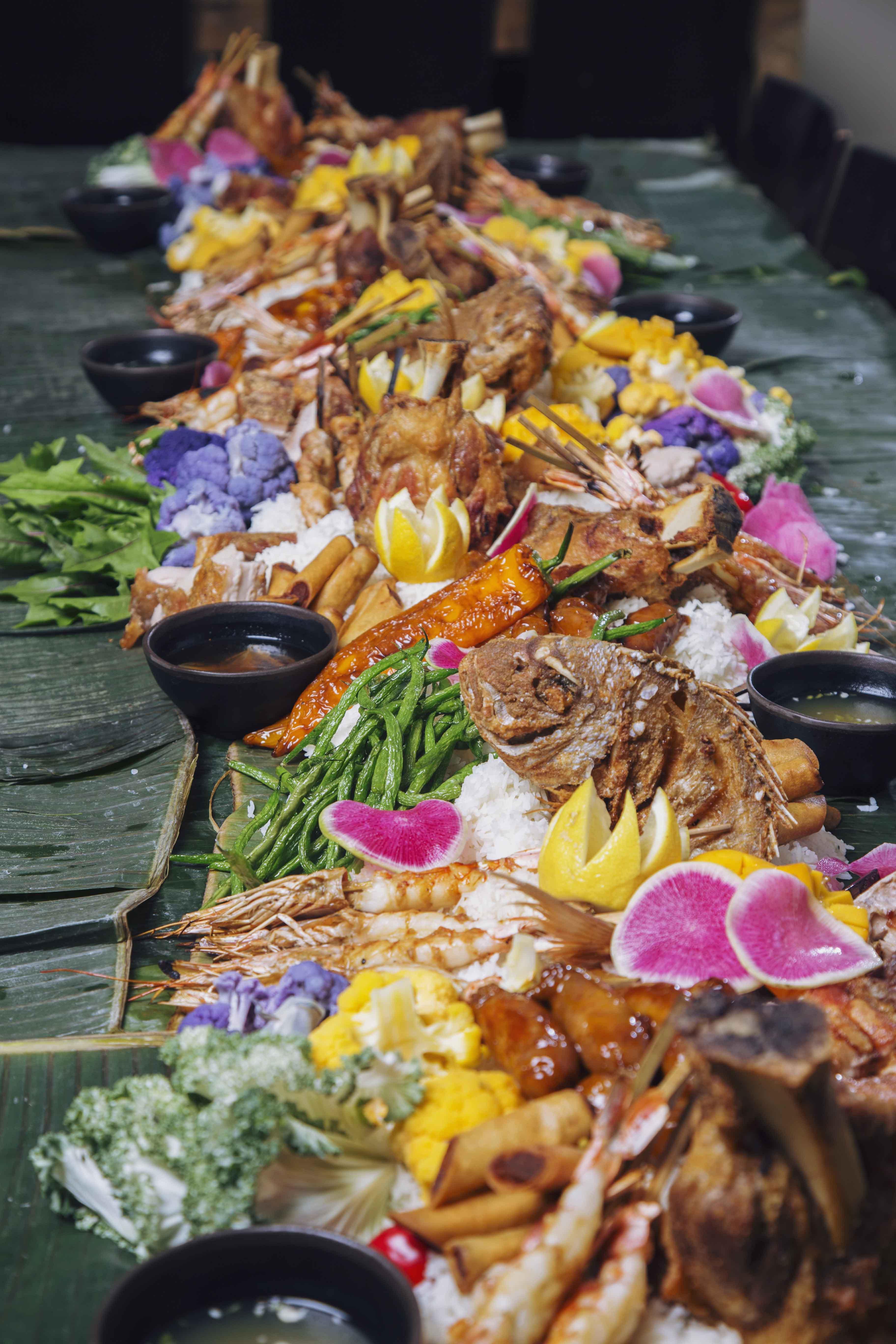 Kamayan Feast - Sunda New Asian