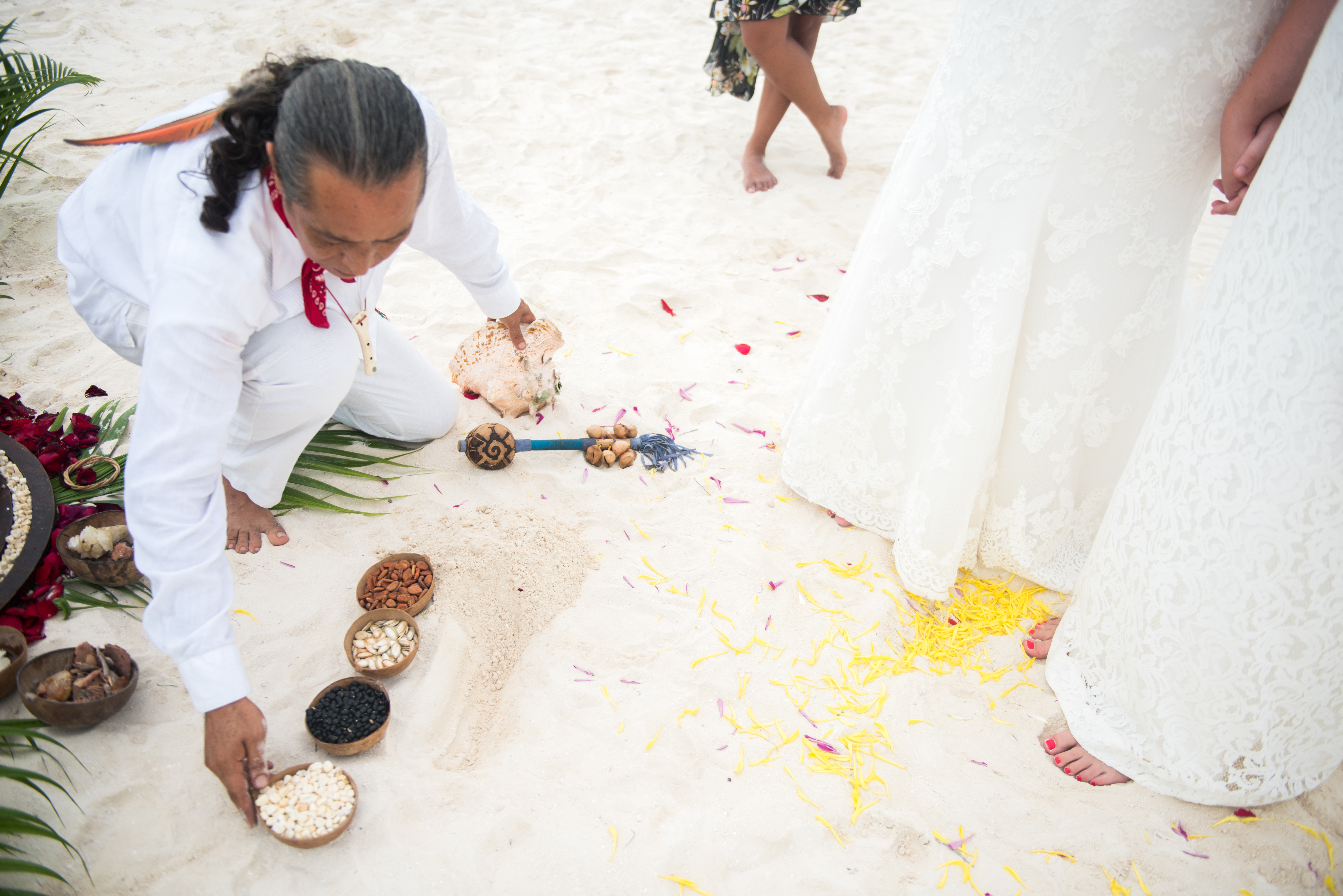 Sunset Beach Destination Wedding - Banyan Tree Mayakoba