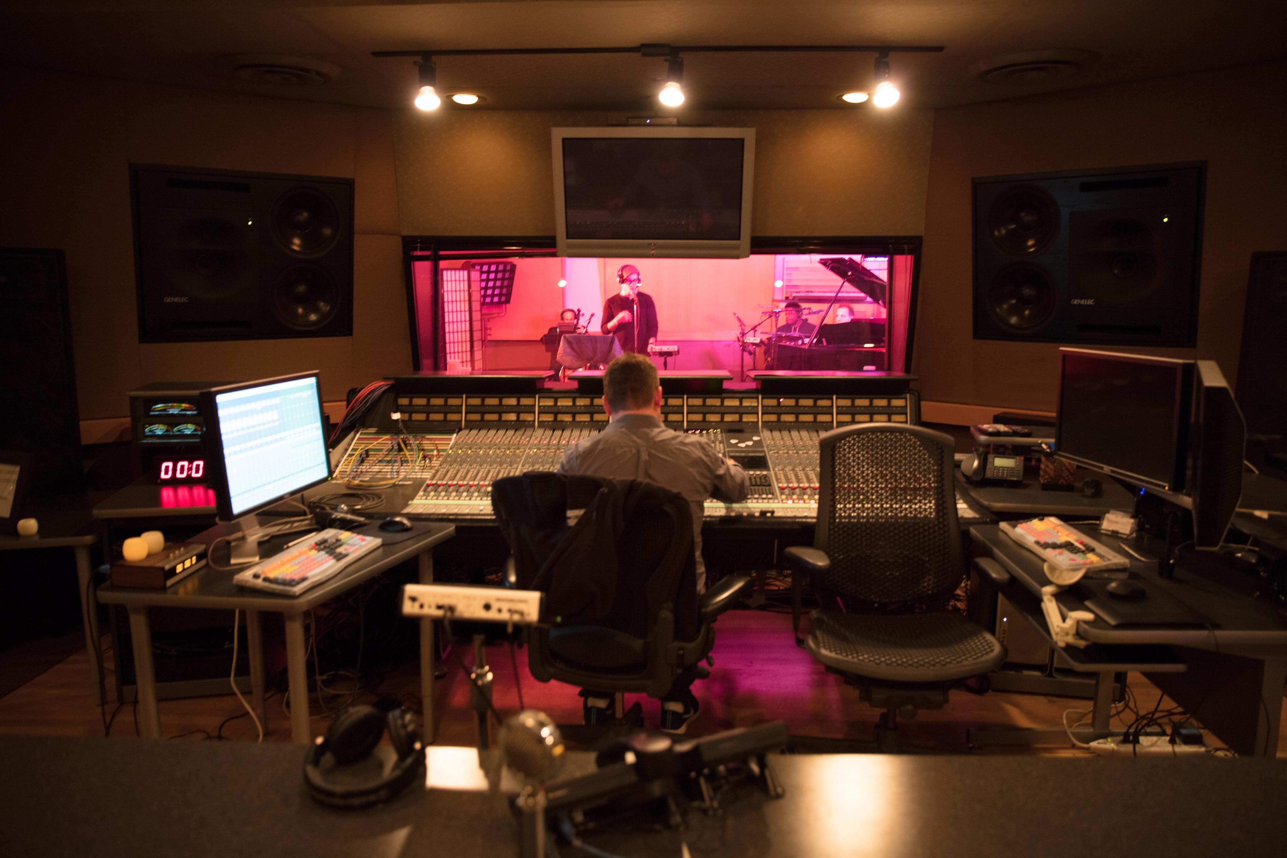 Xerox at In Studio Live with the star of Hamilton Joseph Morales - In Studio Live