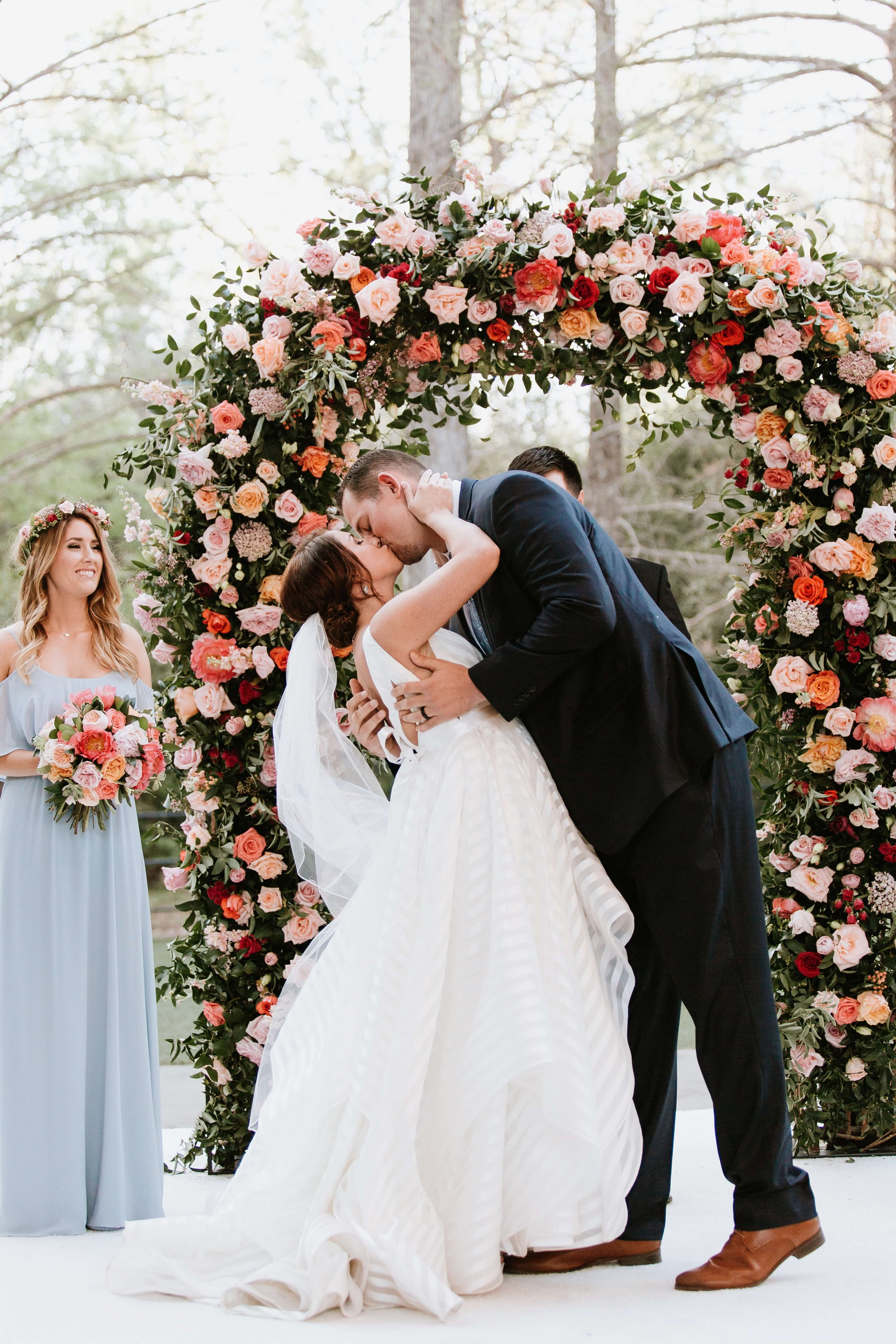 Colorful Wedding at the Fort Worth Zoo - DFW Events, Inc.