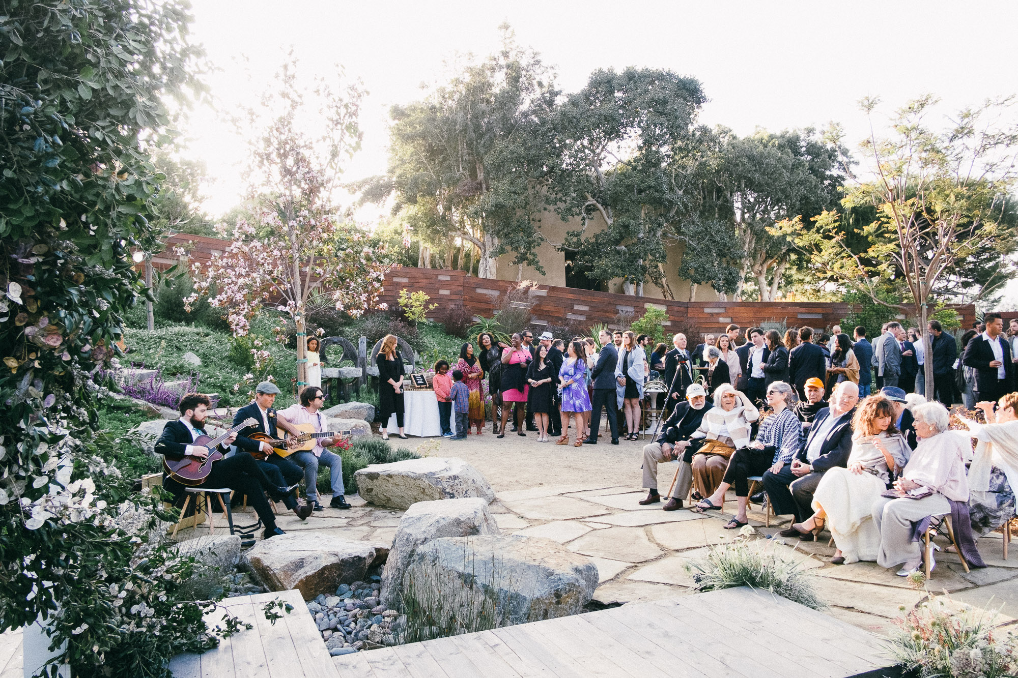 Contemporary San Diego Wedding - The Golden Coast All Stars