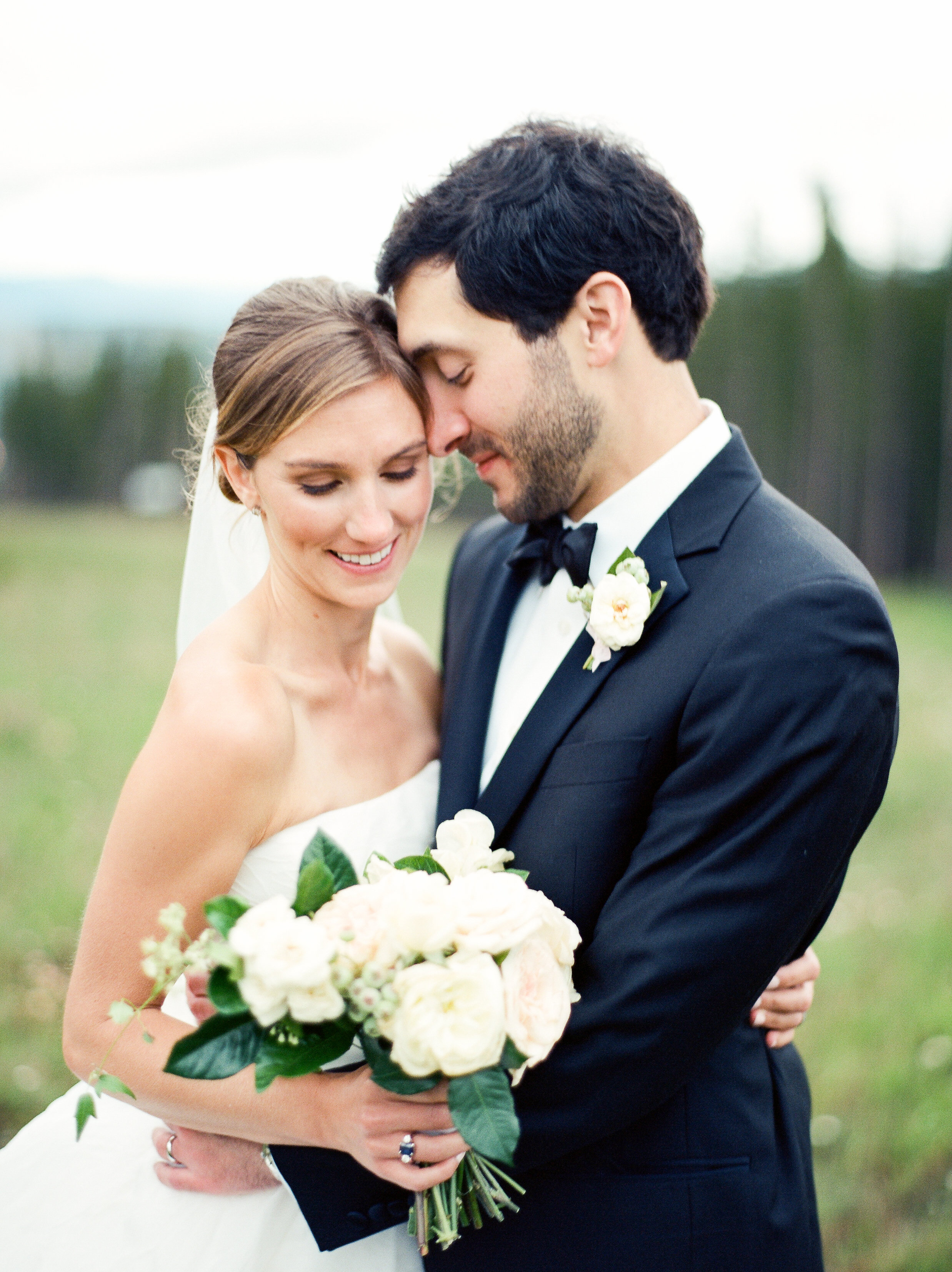 A Traditional, Romantic Wedding in Breckenridge - Bella Design & Planning