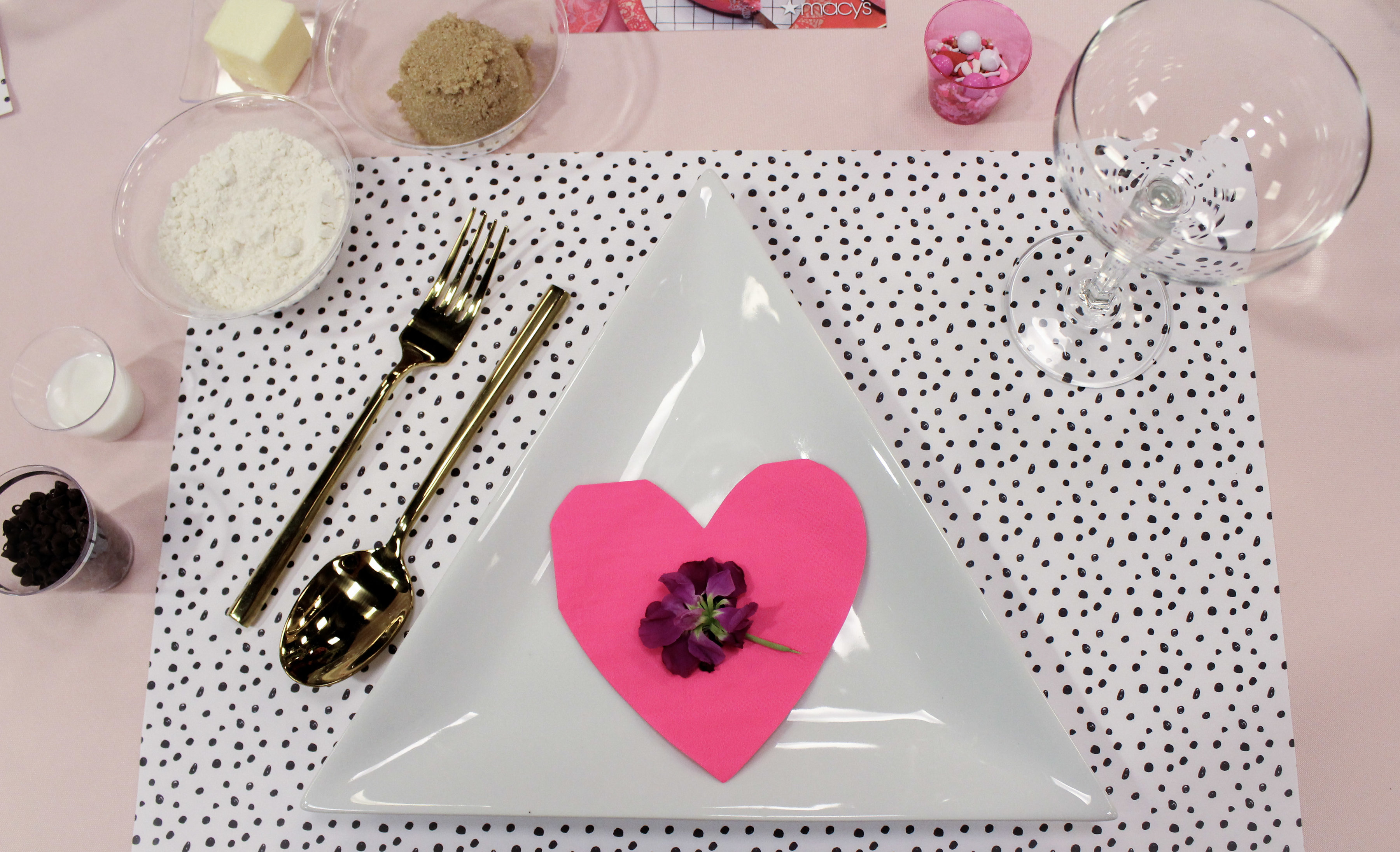 Galentine's Day Baking with Macy's - Jayne Weddings