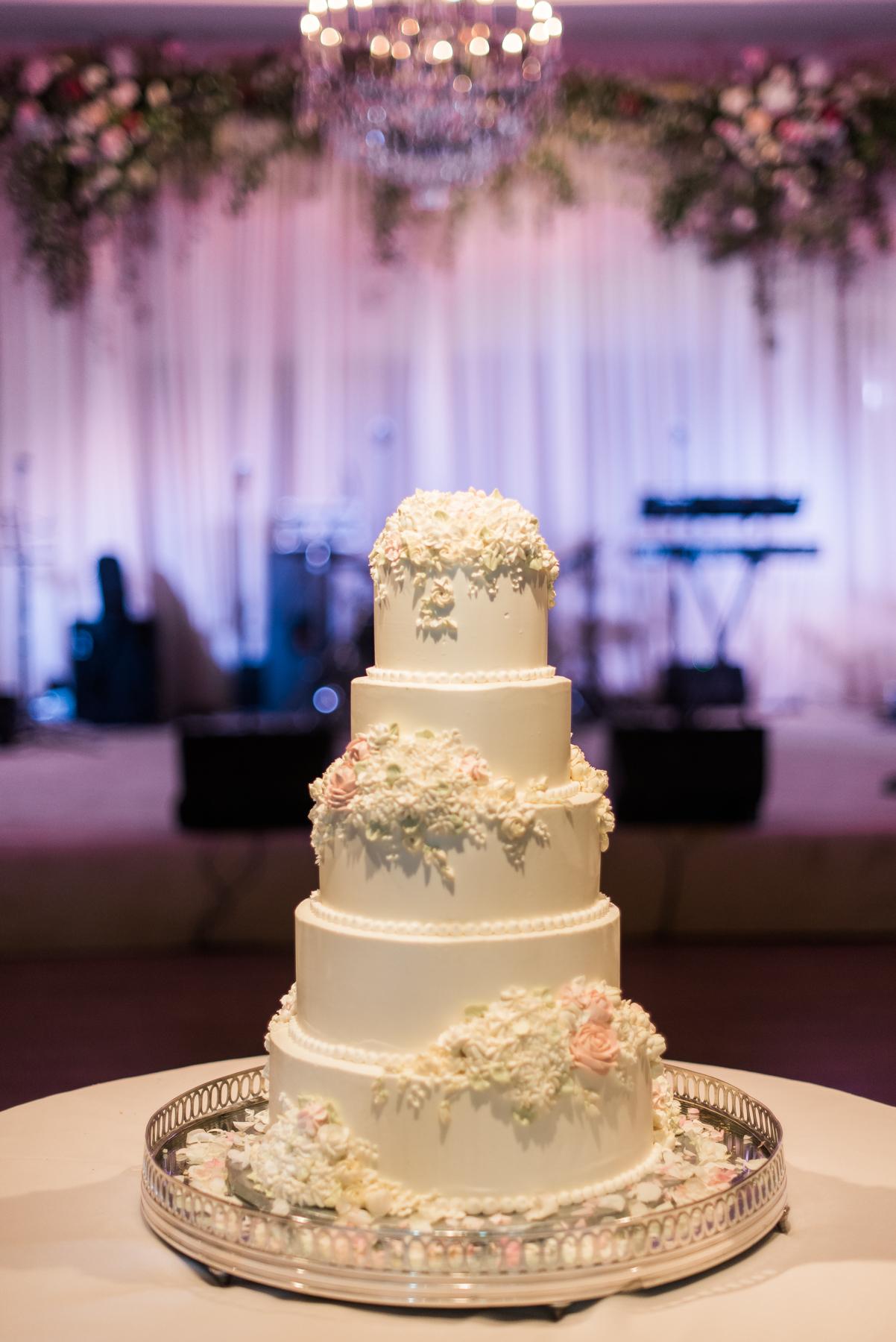 Romantic Pink & White Wedding - Dina Berg Blazek Events