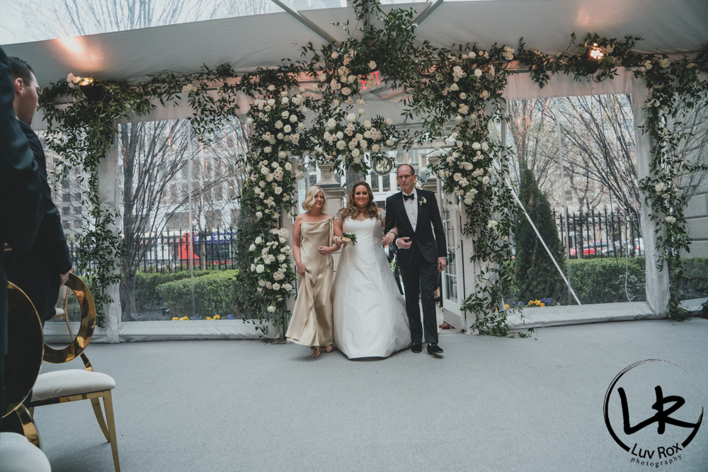 Beautiful wedding at St Regis - LuvRox Photography