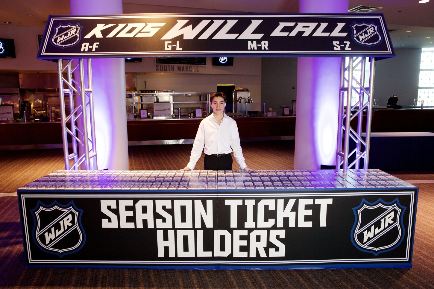 Hockey-Themed Soldier Field Bar Mitzvah - The Party People