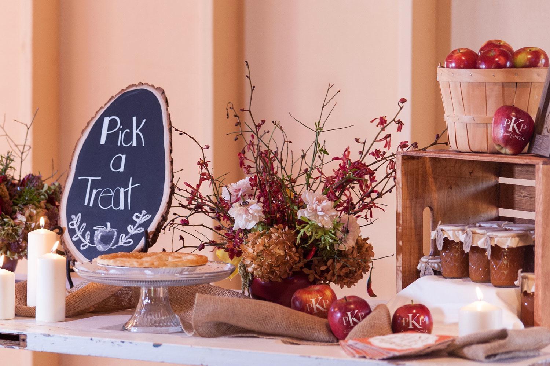 Fun to Eat Fruit Company | Fun to Eat Fruit Weddings | PartySlate