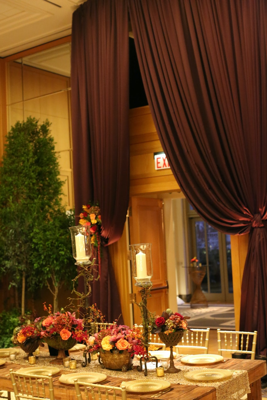 Posted by Kehoe Designs - A Design/Decor/Floral professional