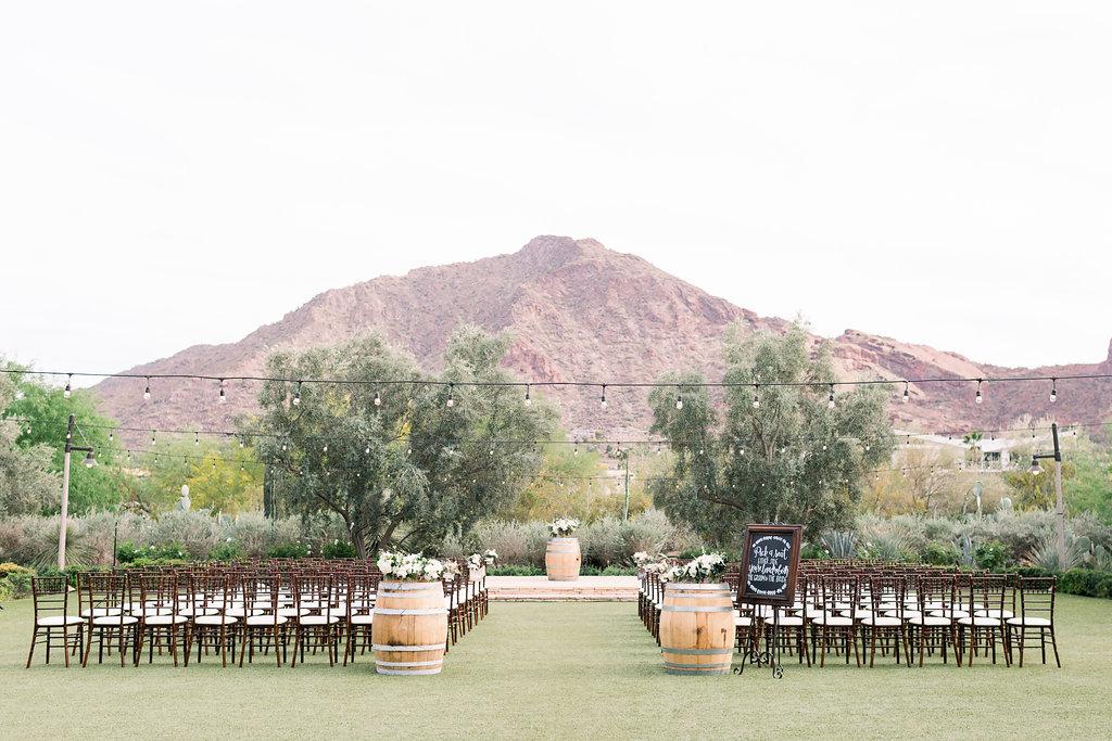 Scenic Valley Wedding - Your Jubilee Weddings & Events