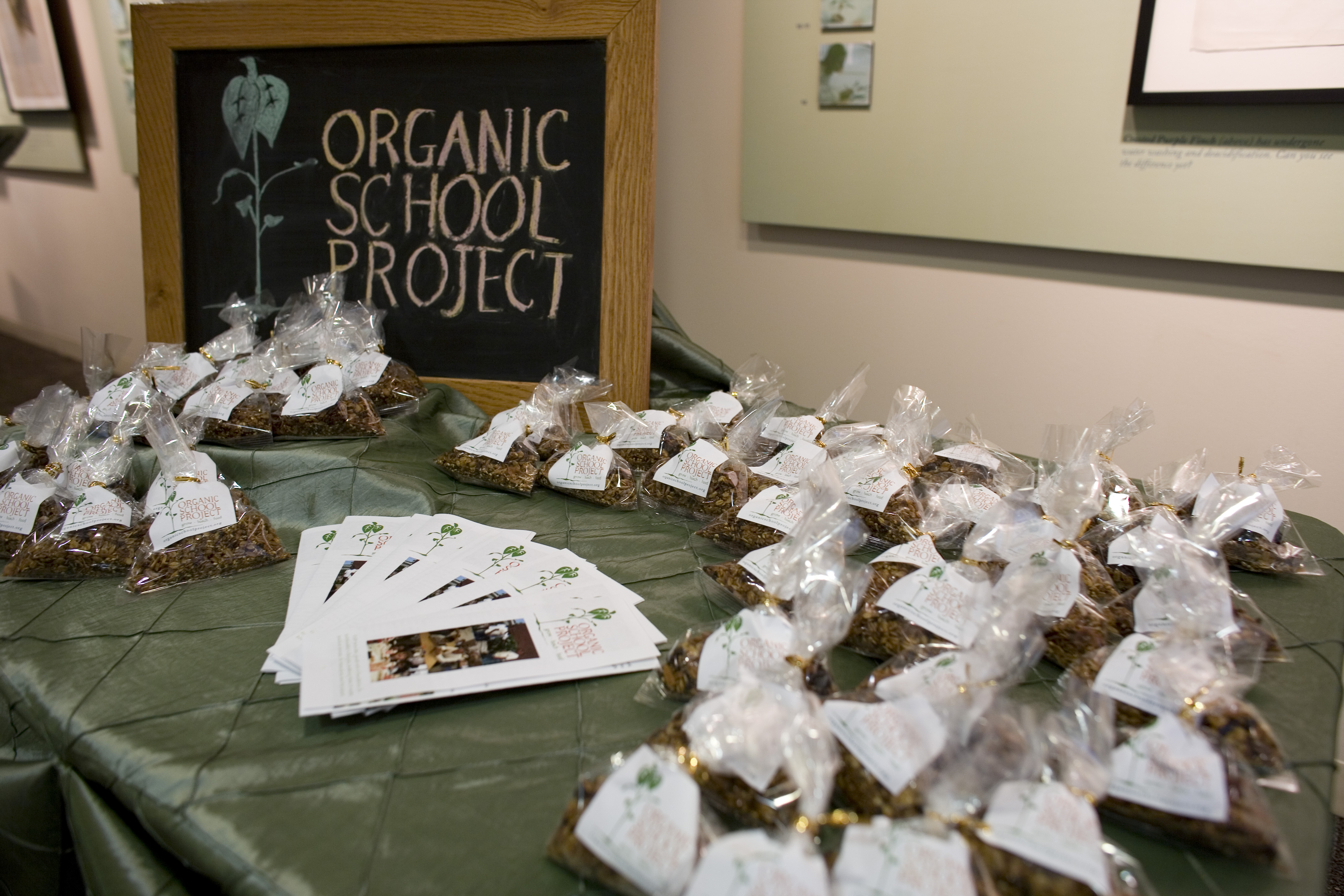 Organic School Project's Earthy, Sophisticated Evening Open House - Peggy Notebaert Nature Museum
