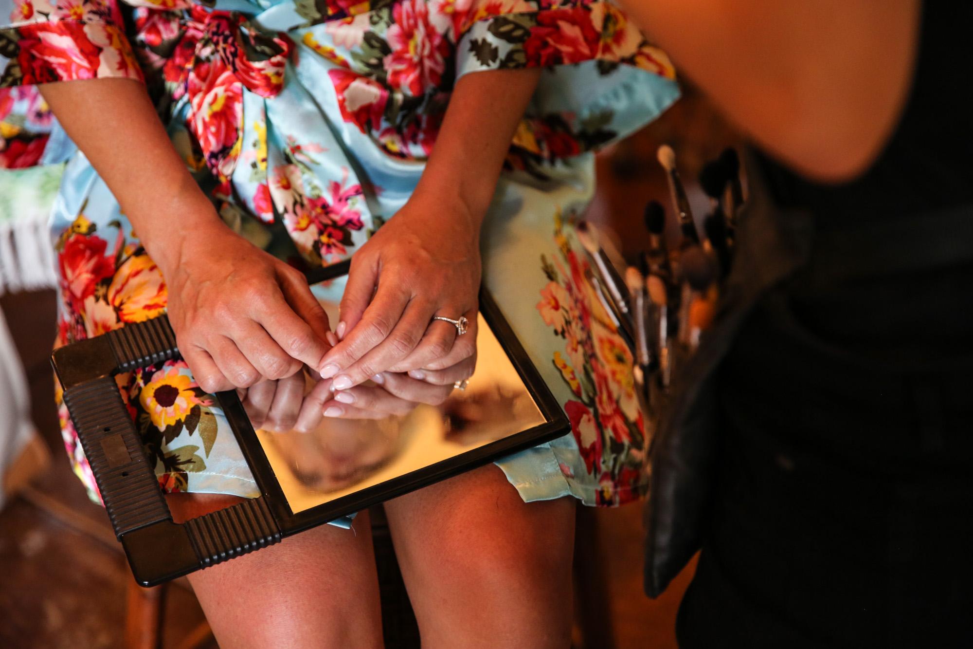 An Intimate Hawaiian Family Affair - Misti Layne