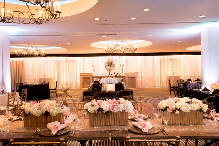 Uptown Ballroom, reception/lounge.
