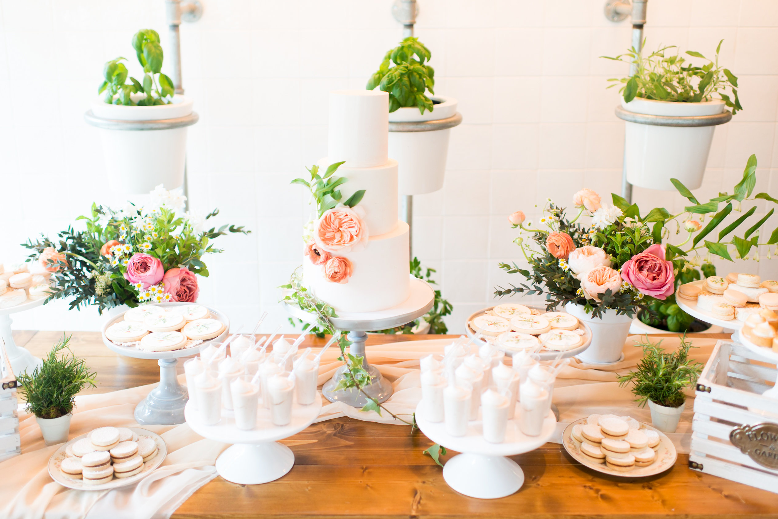 EARTHY BABY SHOWER AT FI'LIA RESTAURANT - Top It Off Designs