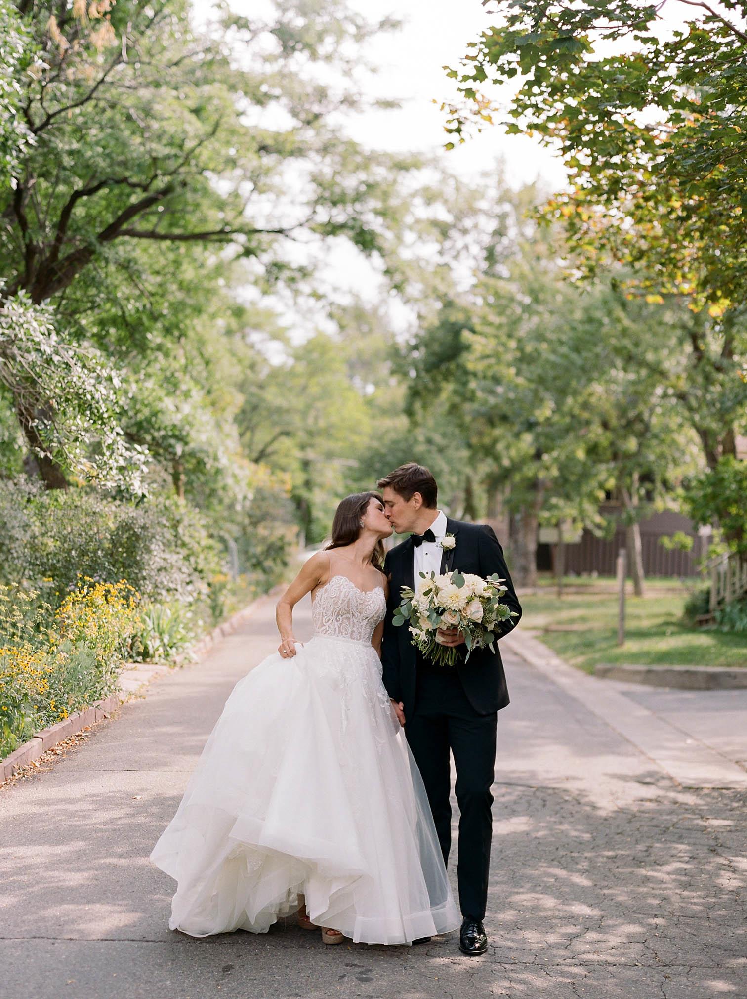 Classic Romantic Black Tie Wedding in Boulder, Colorado - Danielle DeFiore Photography