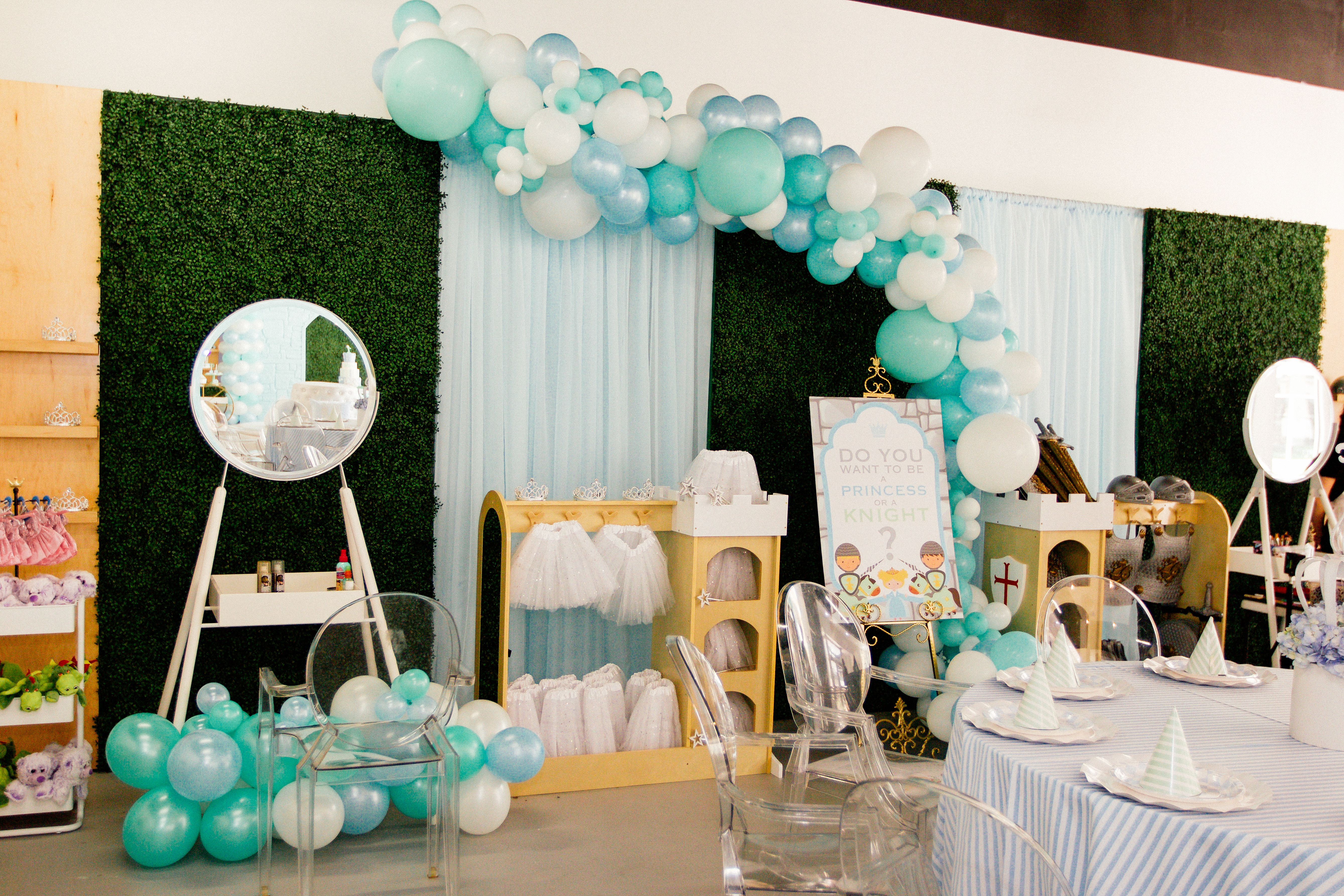 Fit For a Prince, 1st Birthday - Bambini Soiree