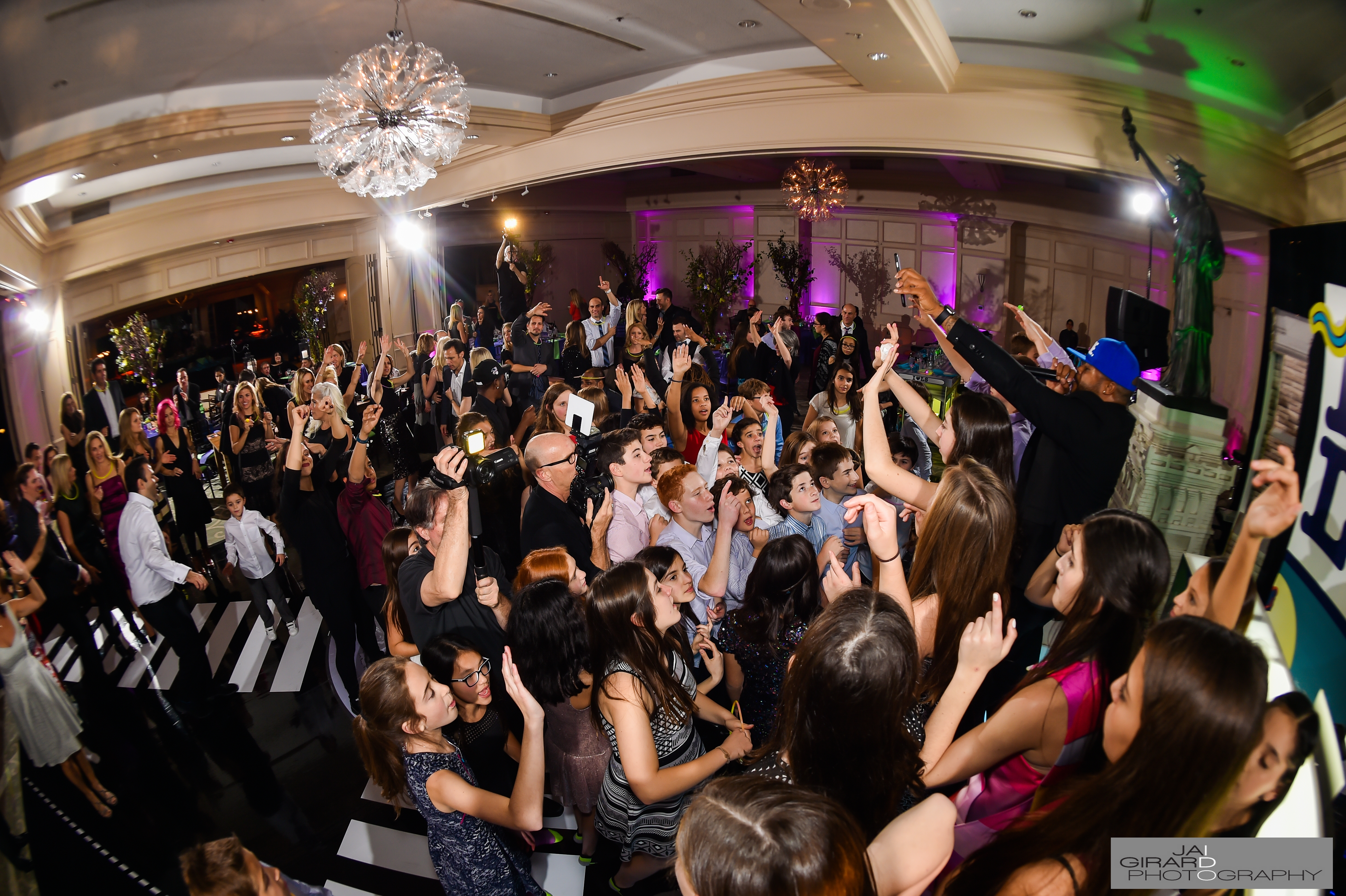 I Love LS Bat Mitzvah - Flow Entertainment, Inc