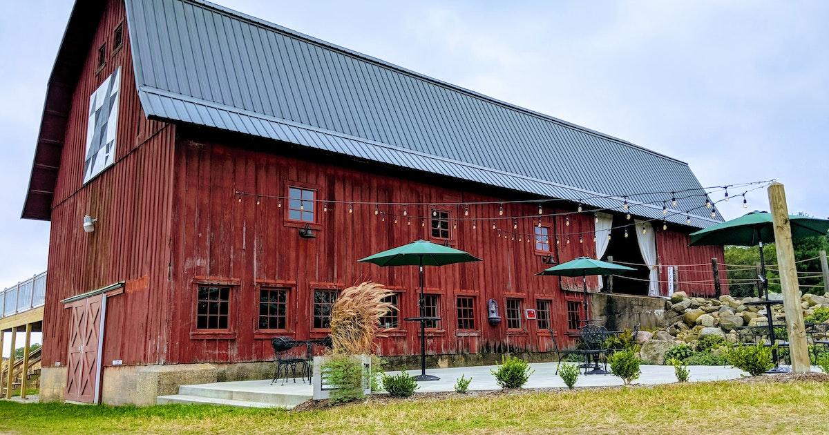 The Barn at Back Acres Farm   Walworth Venue   All Photo ...
