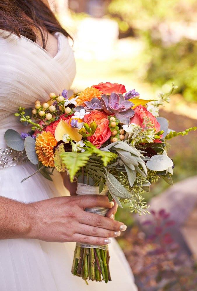 Colorful Barn Style Wedding - Effortless Events