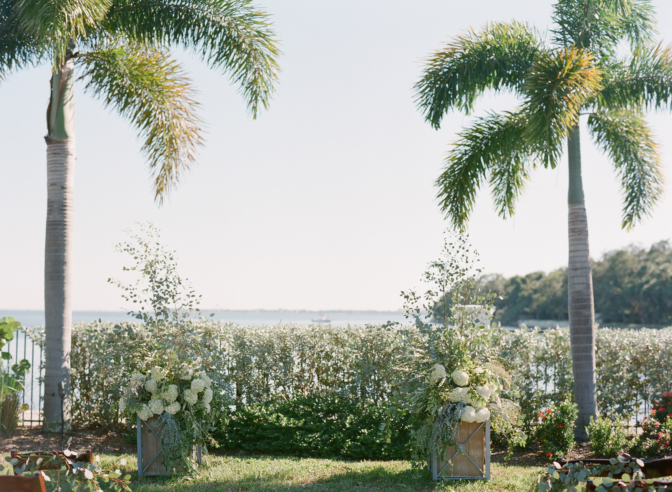 Organic Tampa Yacht Club Wedding - Tracie Domino Events