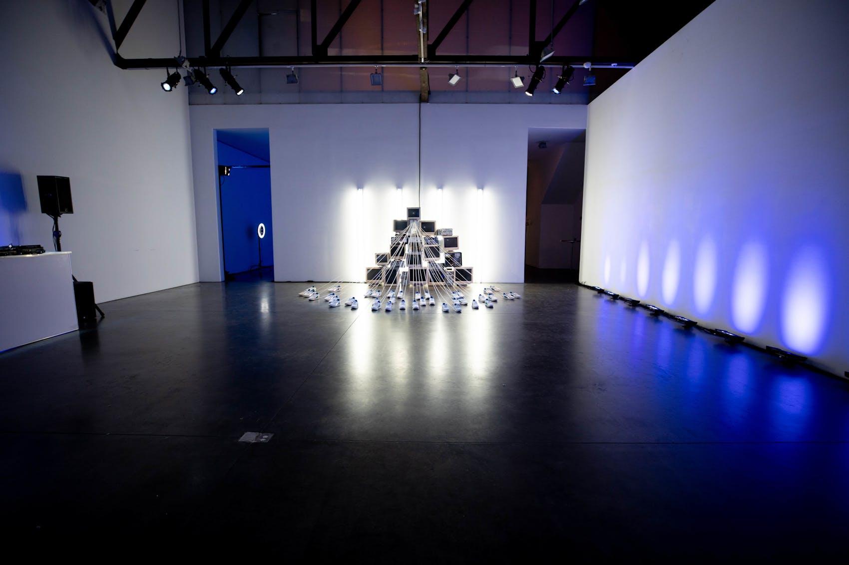 puma sneaker art installation in nyc